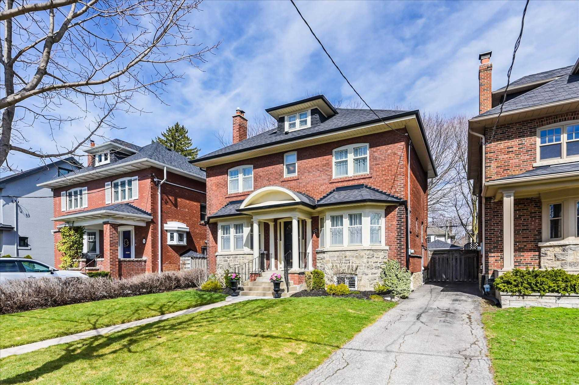70 Chatsworth Dr, Toronto, M4R1R7
