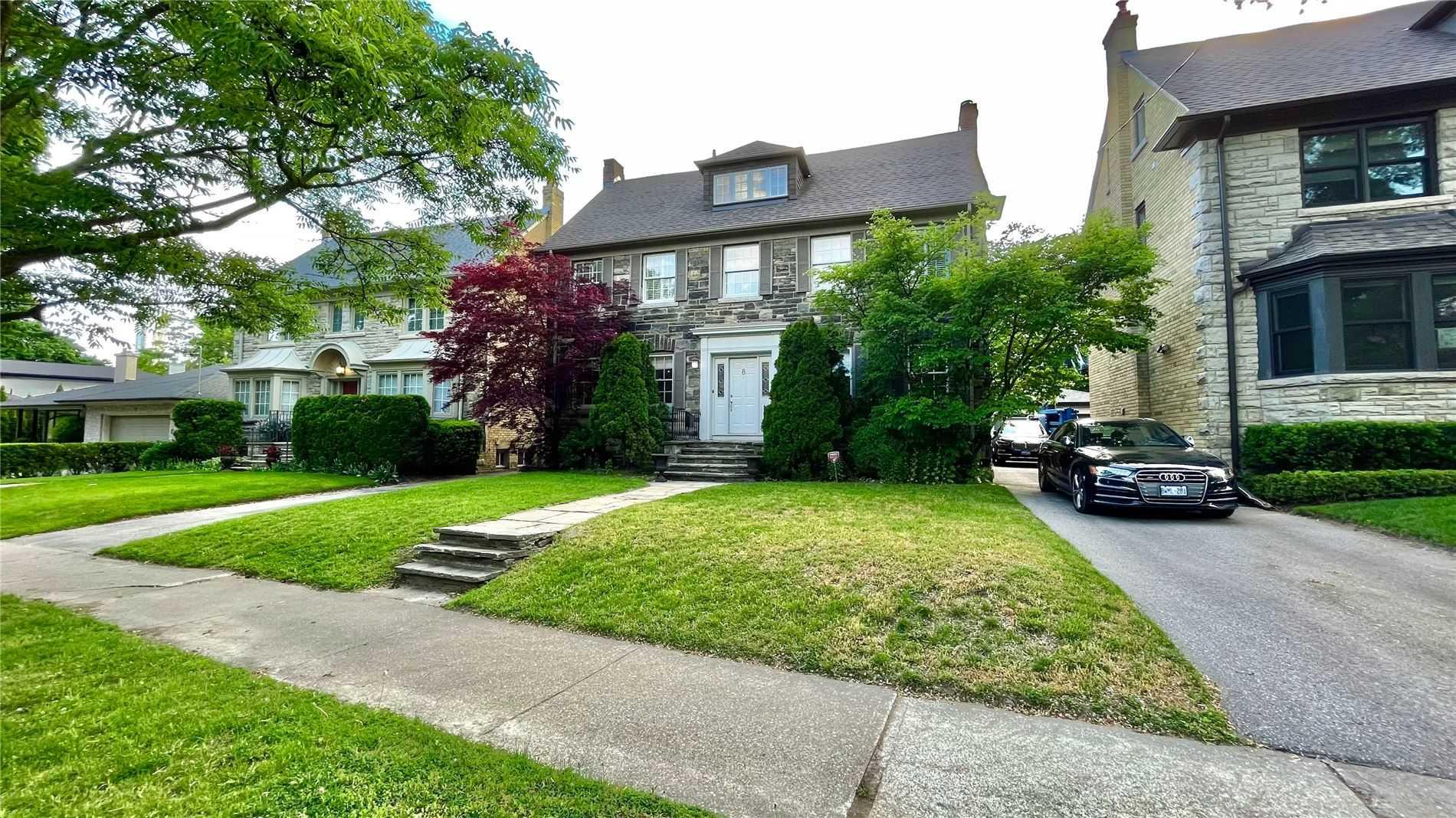 8 Highland Cres, Toronto, M4W2S7