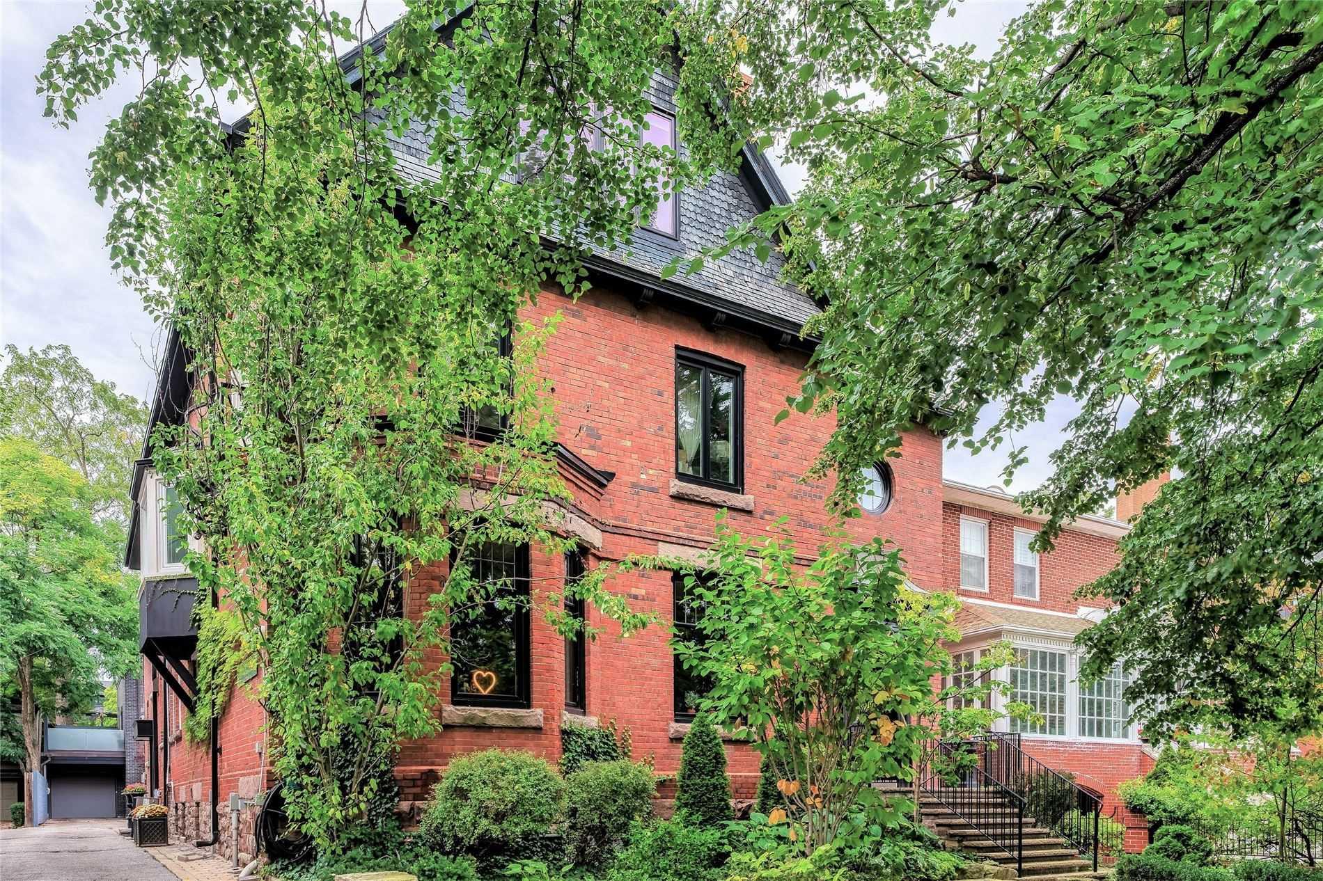 300 - 80 Crescent Rd, Toronto, M4W1T5