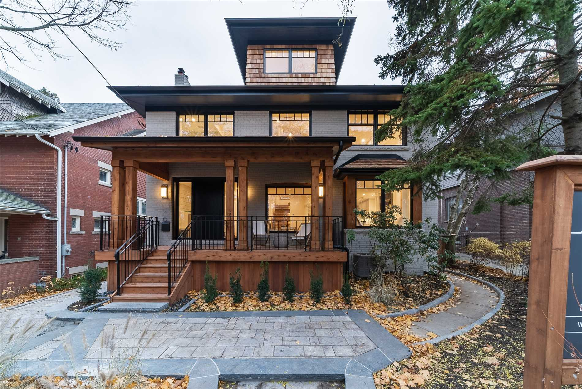 24 Neville Park Blvd, Toronto E4368498