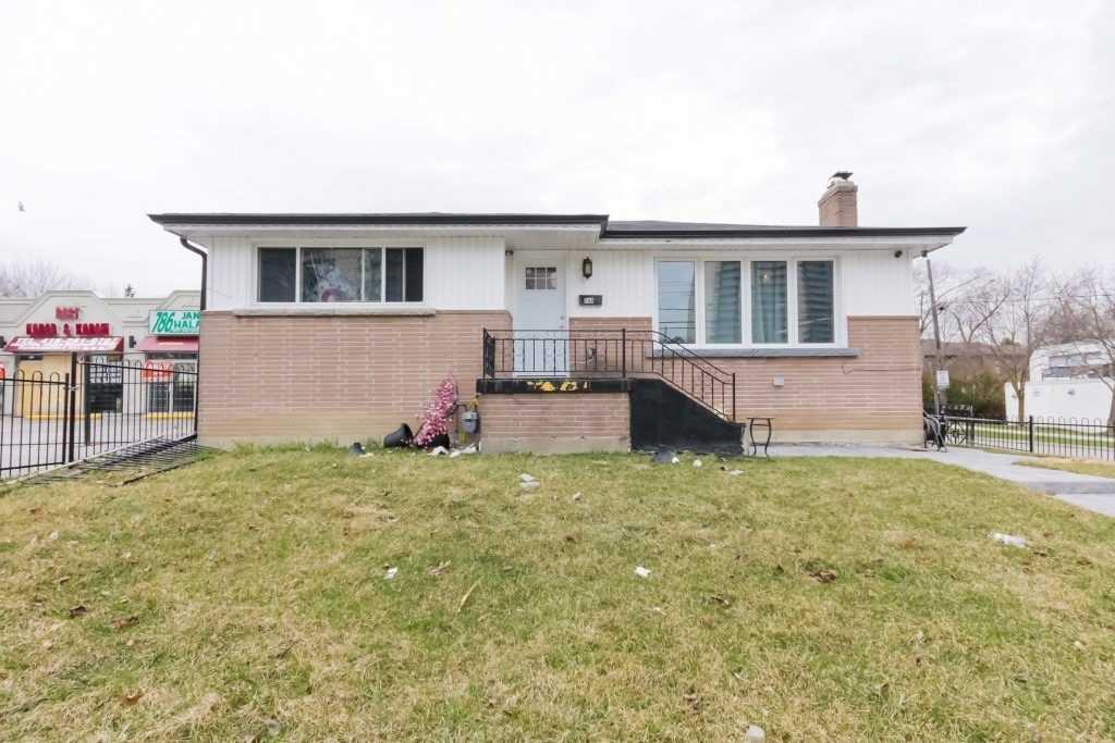 240 Markham Rd Rd, Toronto E4426225