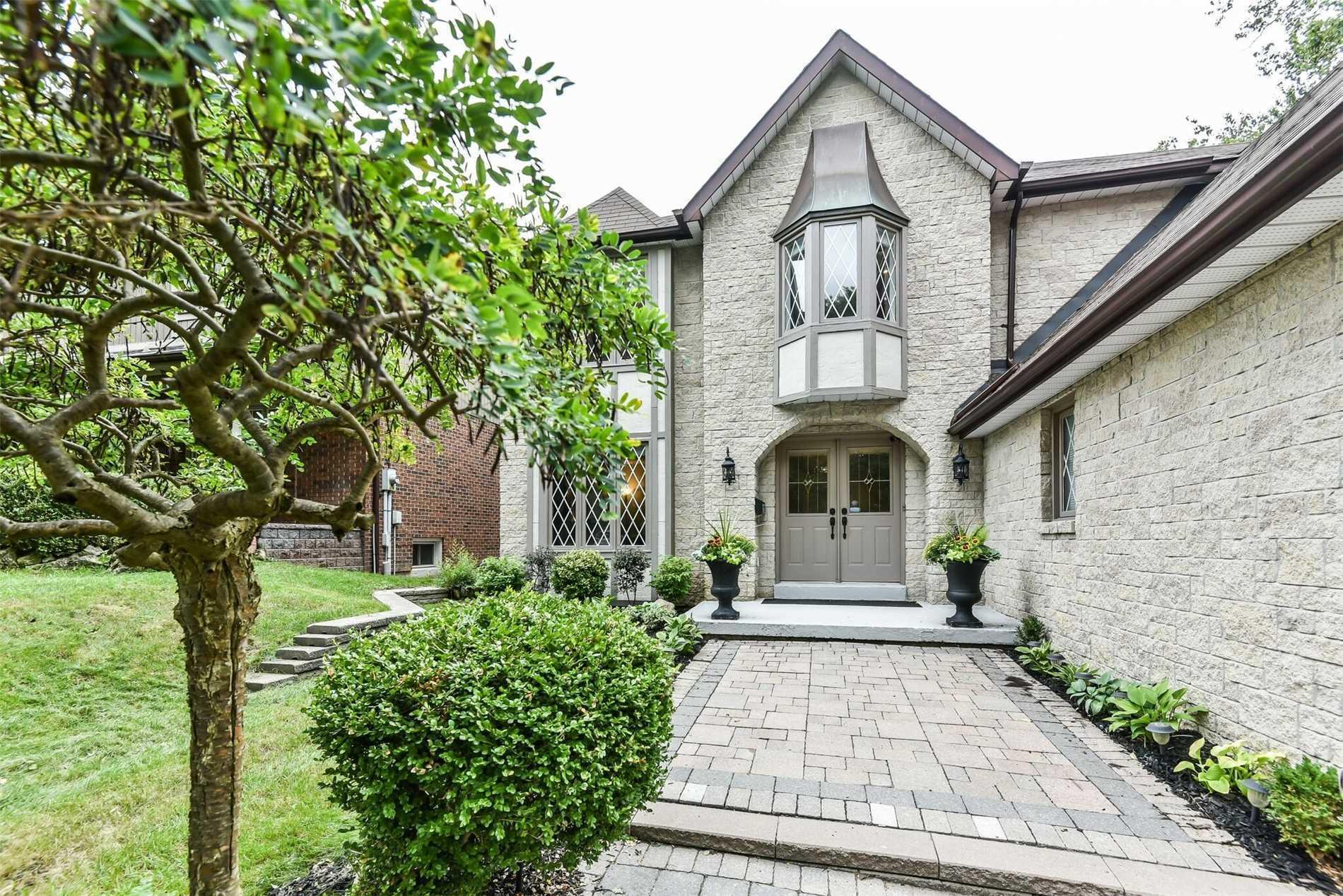 56 Ramblewood Dr, Toronto E4444097
