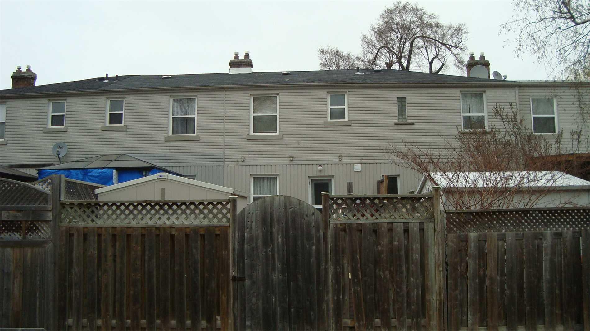 740 Kennedy Rd, Toronto E4449418