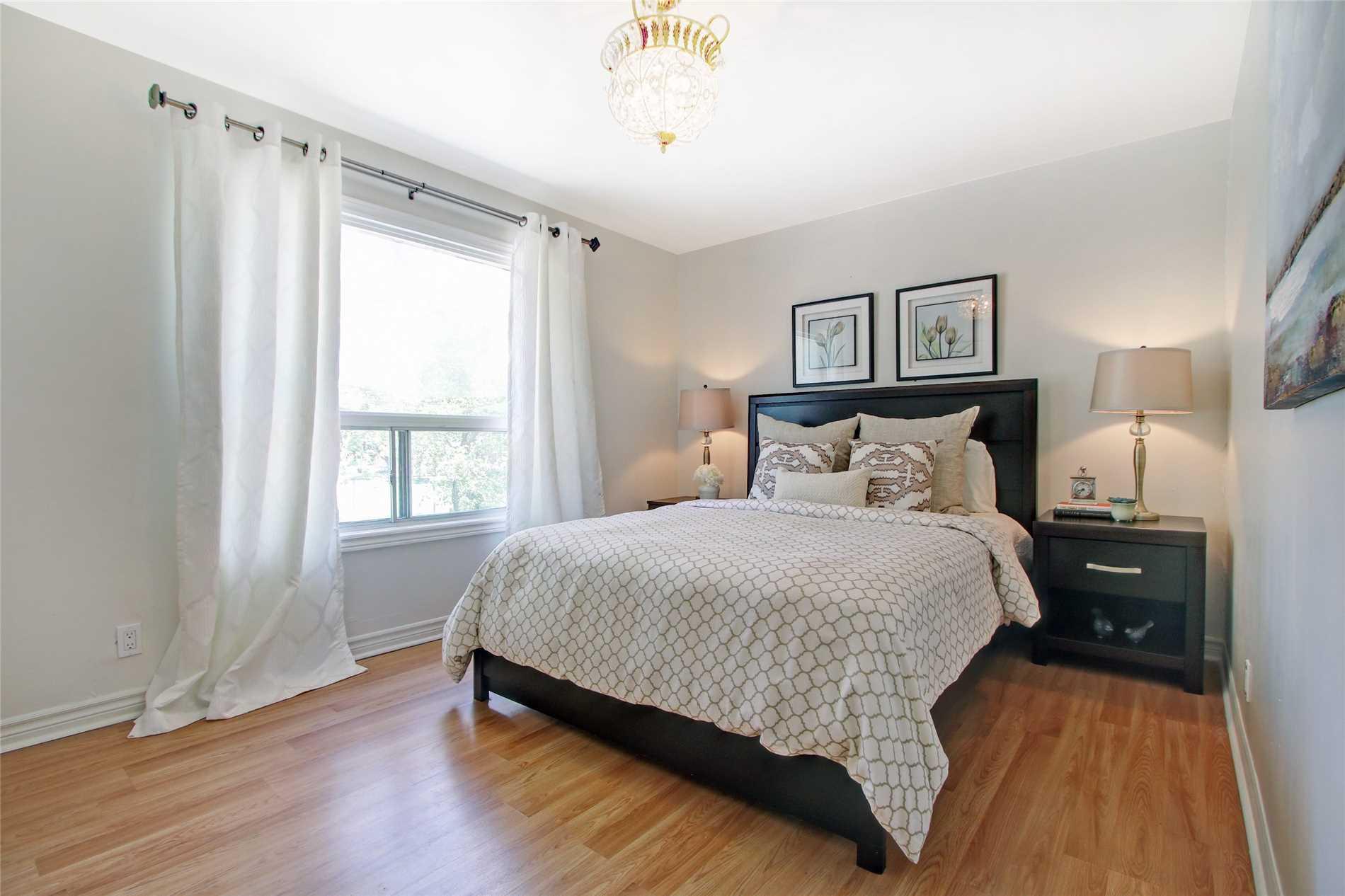 279 Lumsden Ave, Toronto E4497302