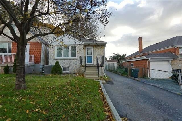 75 Amsterdam Ave, Toronto E4503229