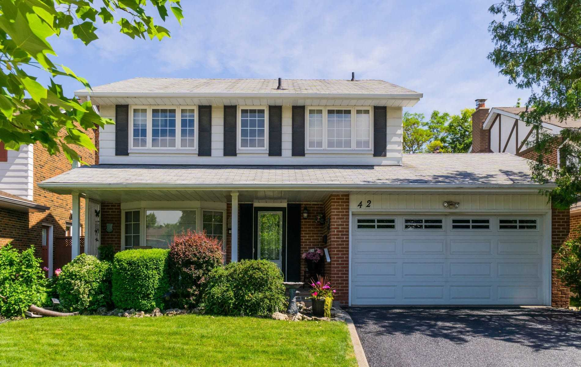 42 Roundwood Crt, Toronto E4504221