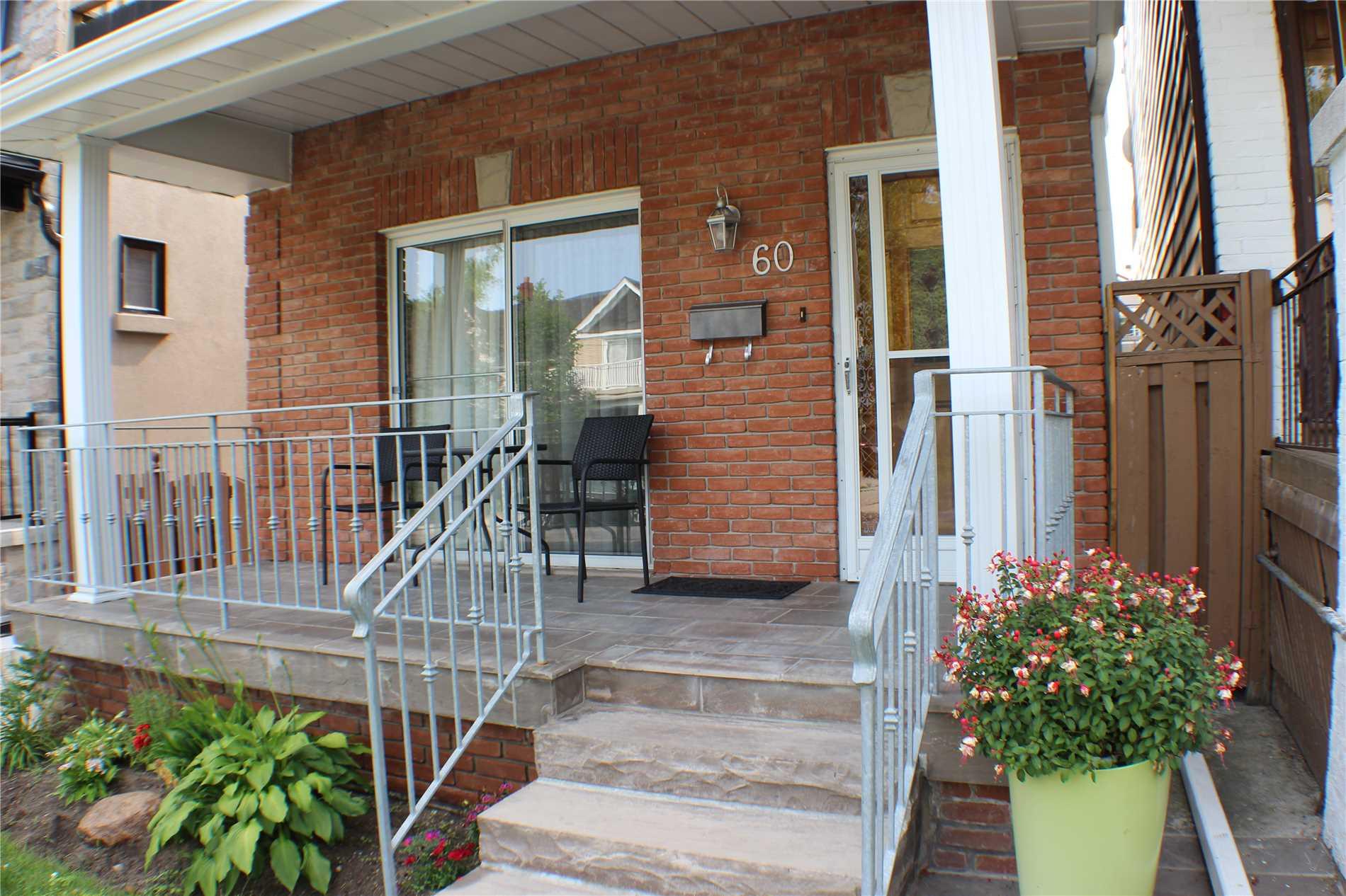 60 Earl Grey Rd, Toronto E4511007
