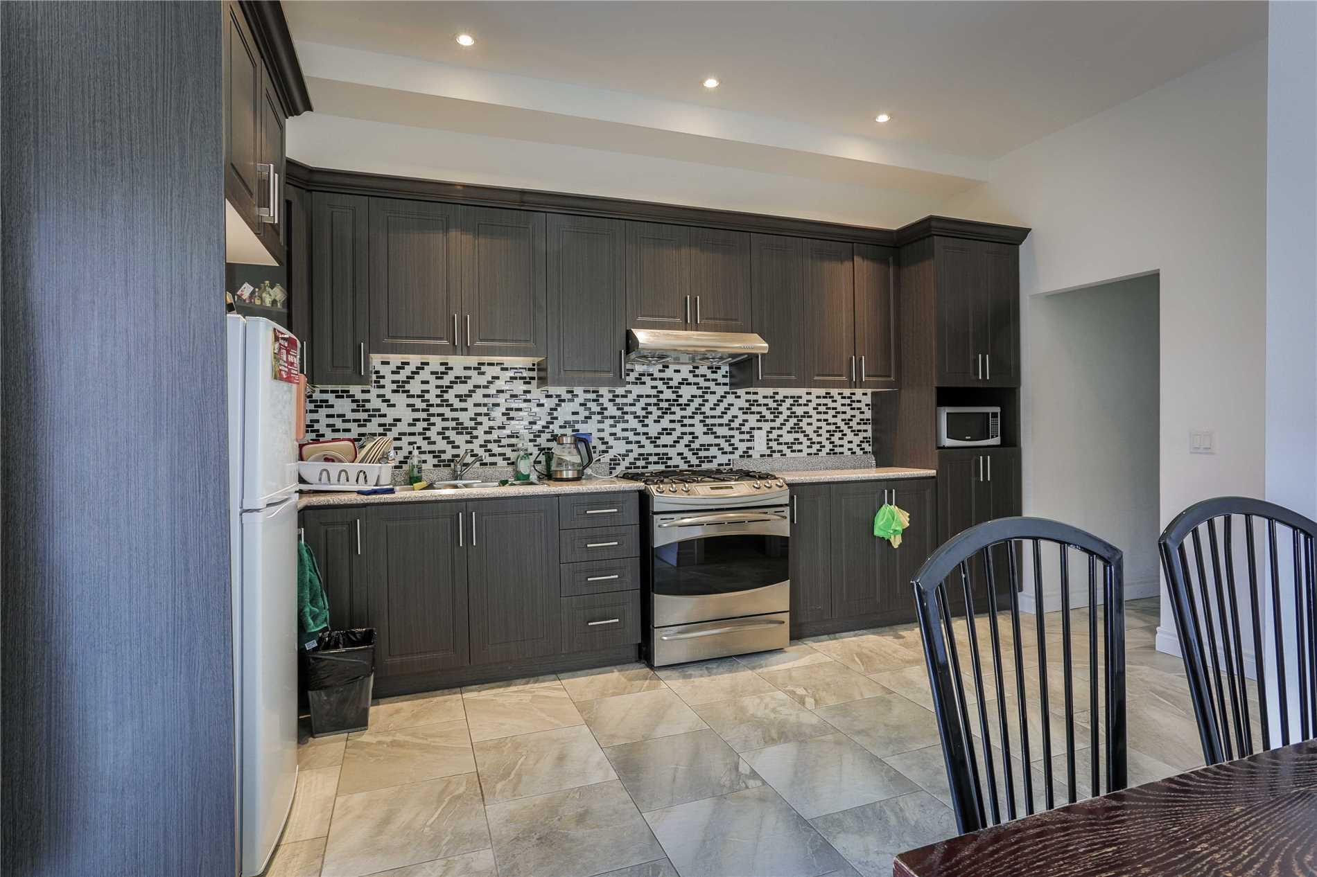 96 Curzon St, Toronto E4520951