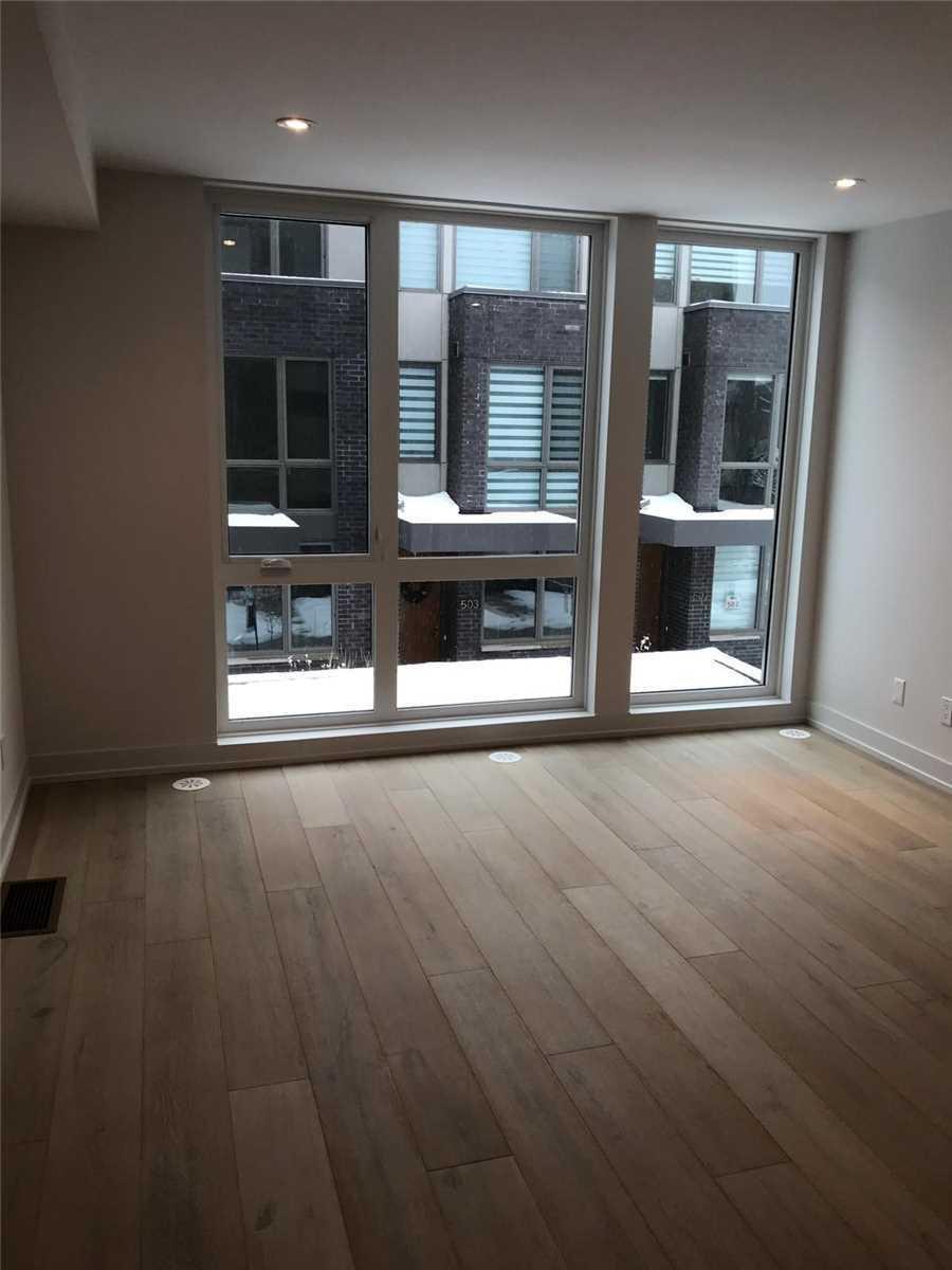 #209 - 54 Curzon St W, Toronto E4524209