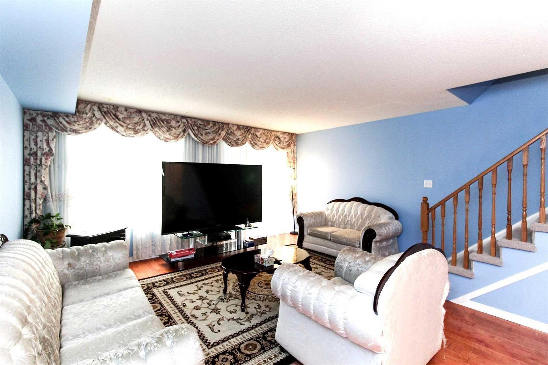 3 Blair St, Toronto E4529369