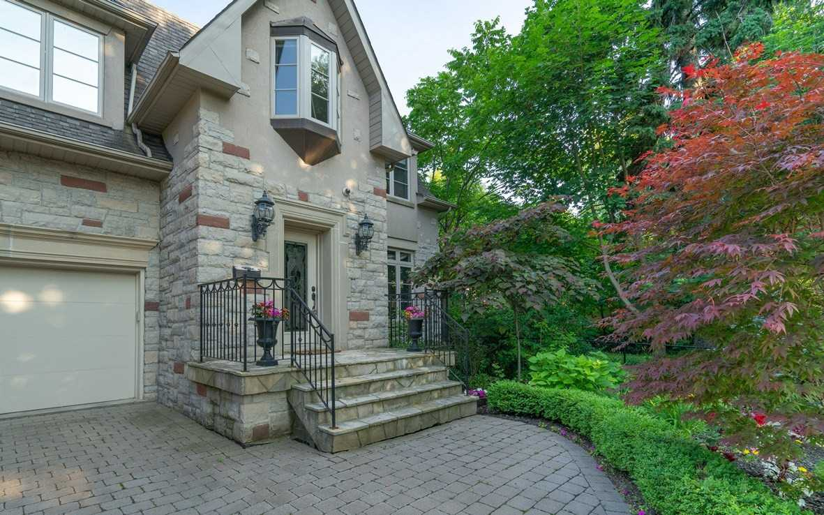 79 Hill Cres, Toronto E4534335