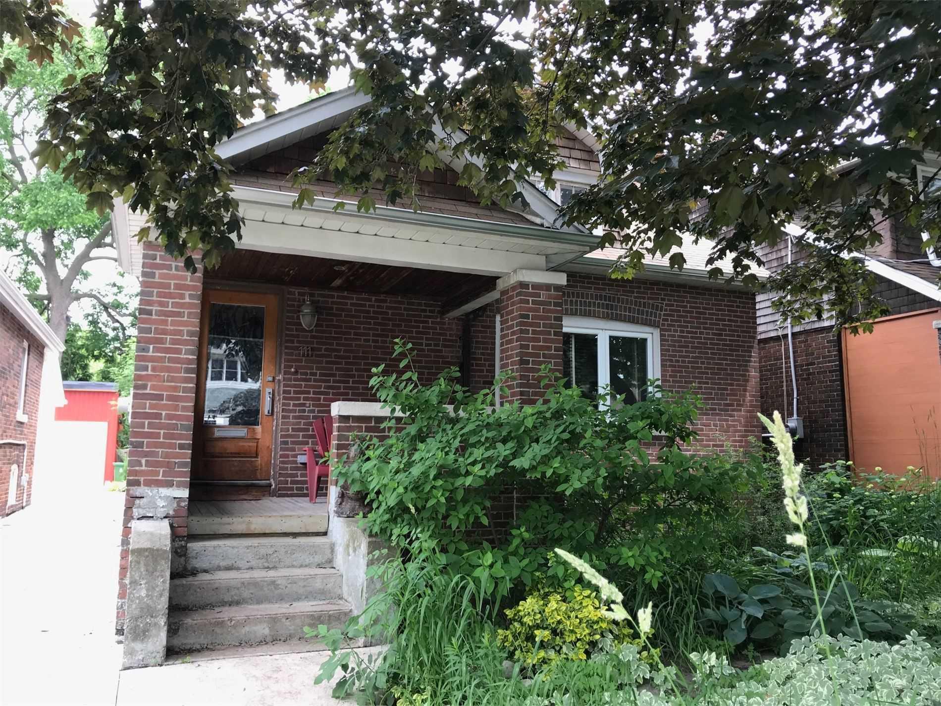 111 Woodfield Rd, Toronto E4536400