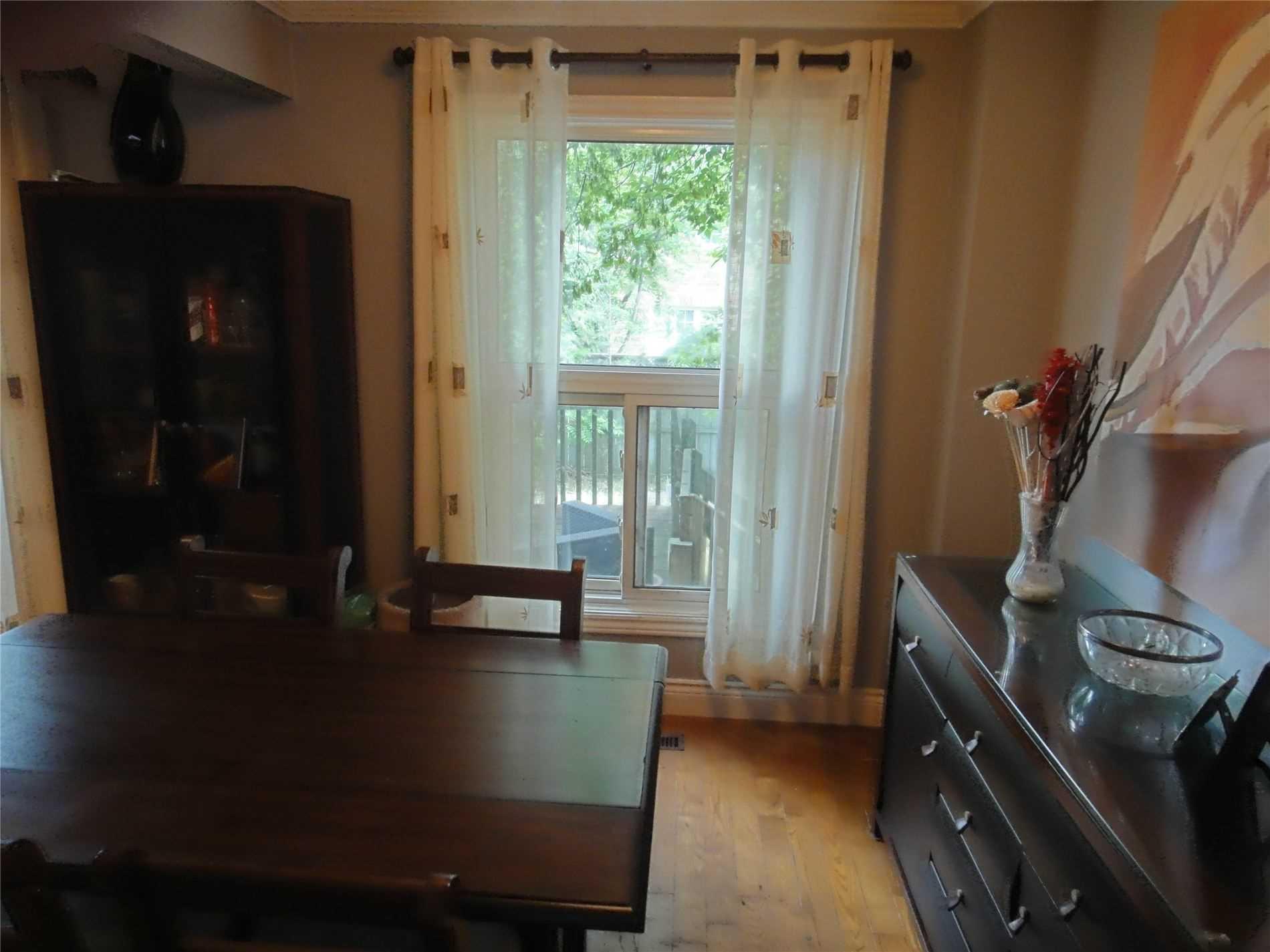 112 Maberley Cres, Toronto E4540138