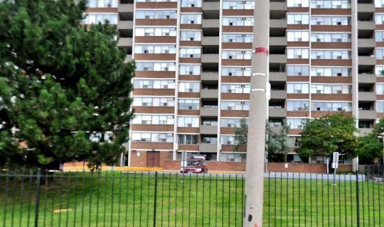 #302 - 25 Silver Springs Blvd, Toronto E4540523