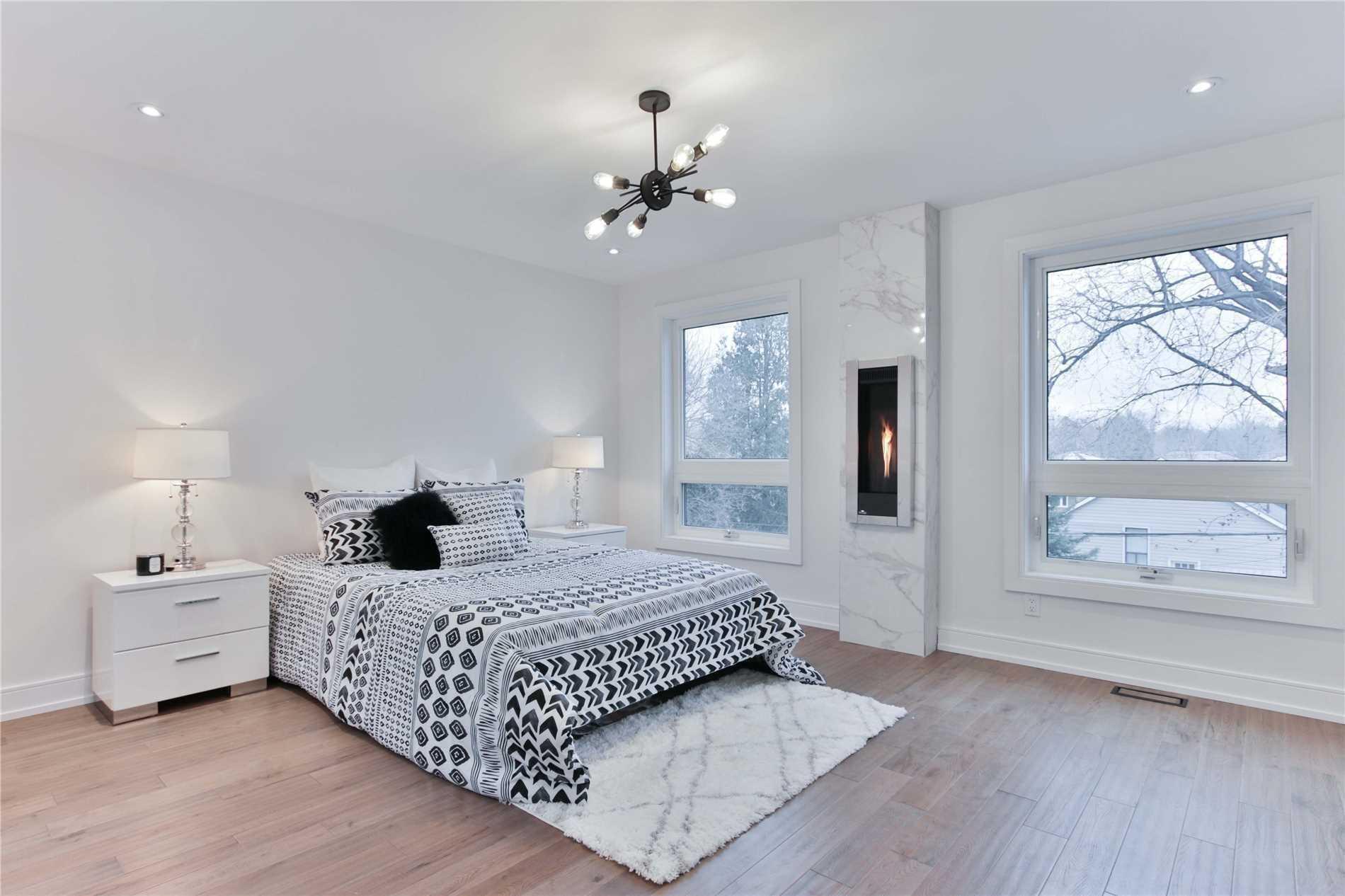 85A Westbourne Ave, Toronto E4540779