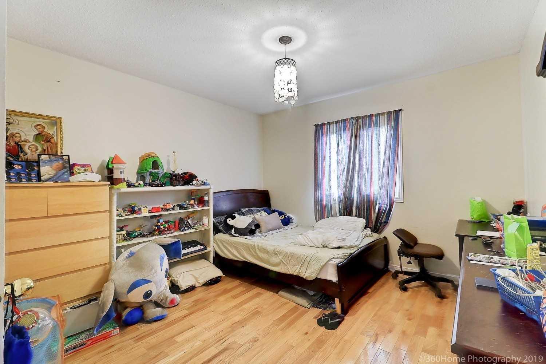 1114 Maple Gate Rd, Pickering E4549015