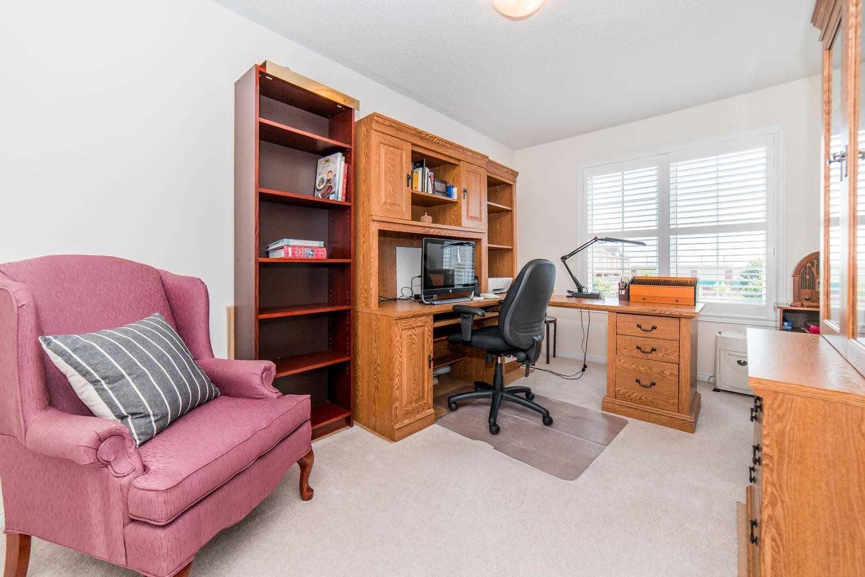 67 Maidstone Way, Whitby E4557363