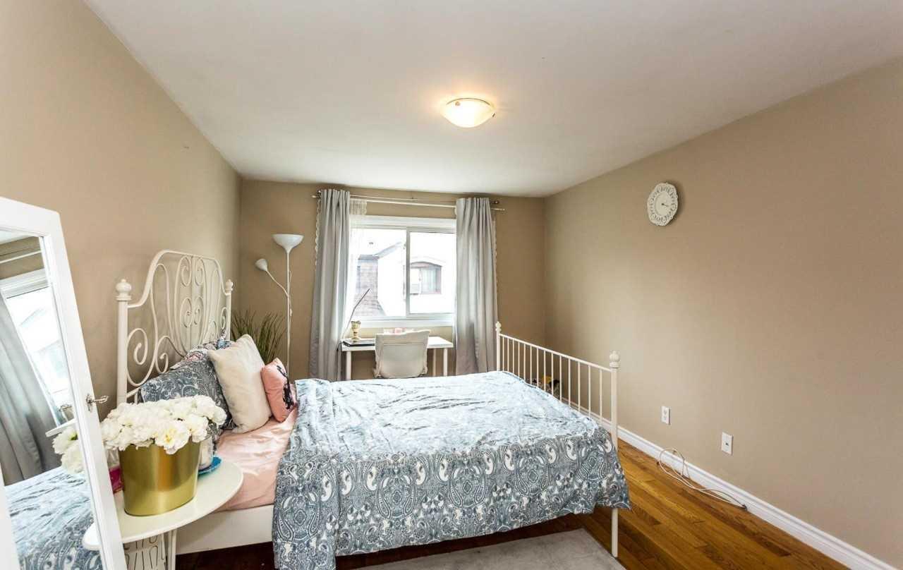 #132 - 21 Livonia Pl, Toronto E4560620