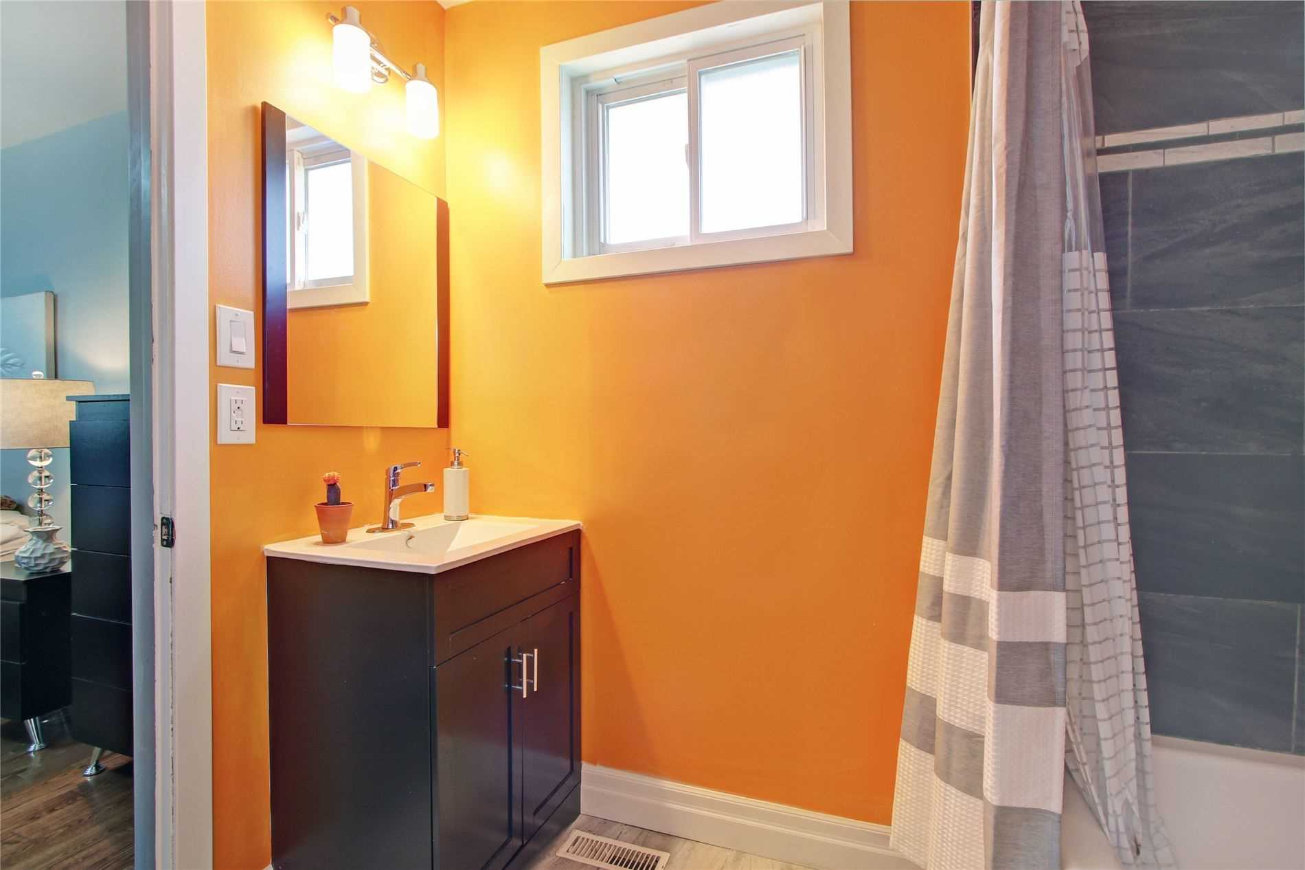 39 Chapais Cres, Toronto E4565819
