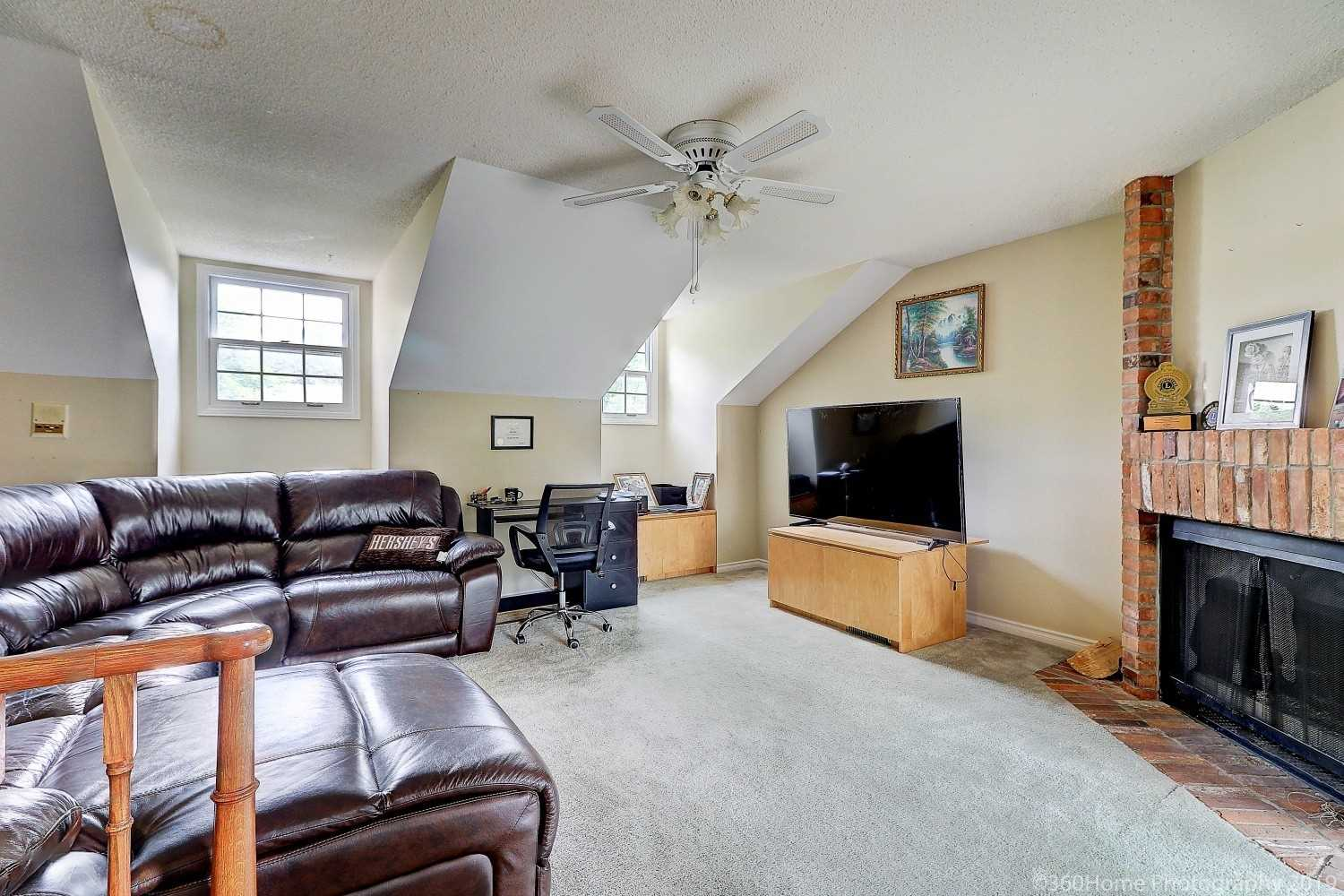 1524 Eagleview Dr, Pickering E4567643