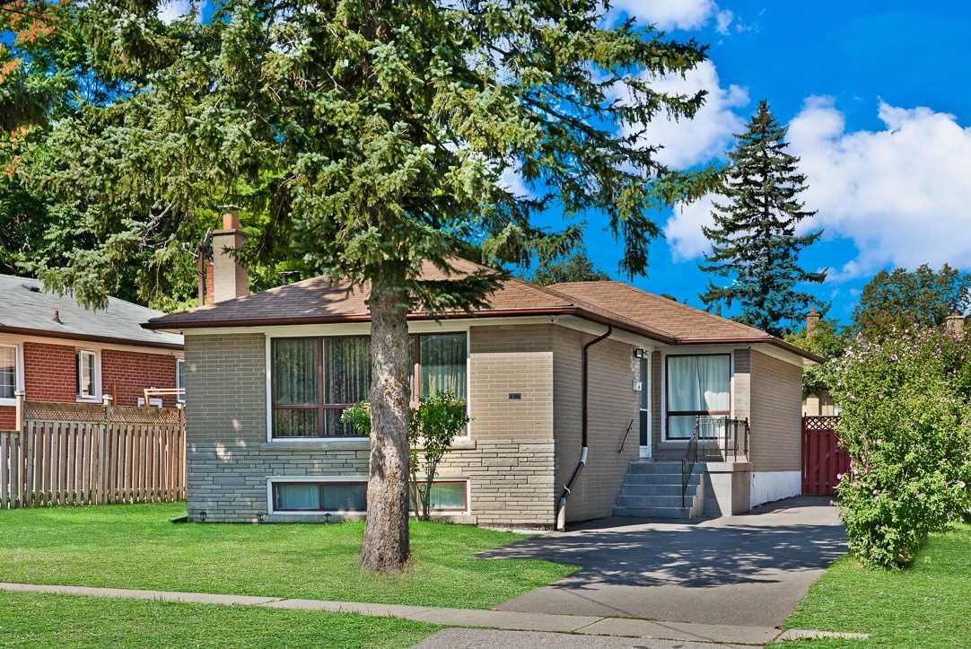 140 Confederation Dr, Toronto E4568564