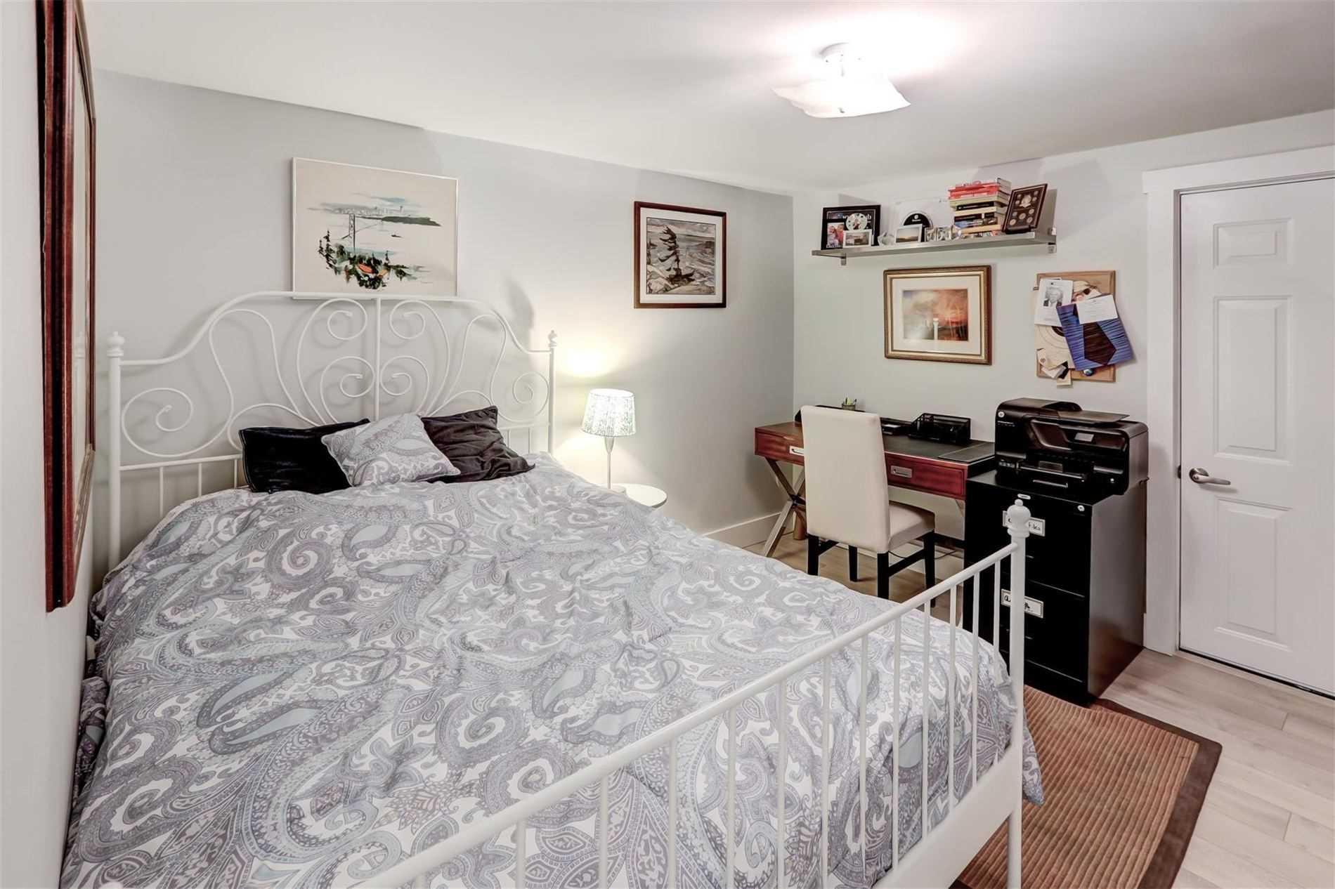 6 Redland Cres W, Toronto E4568788