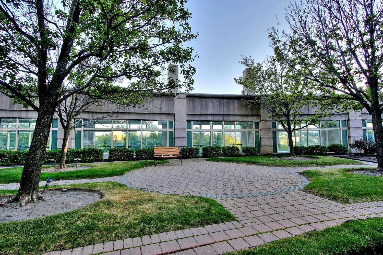 #610 - 8 Lee Centre Dr, Toronto E4568918