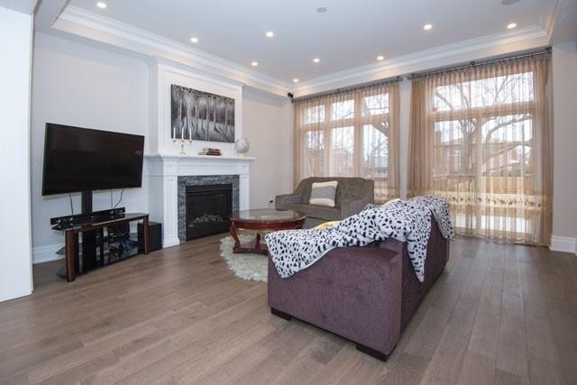 87C North Bonnington Ave, Toronto E4573644