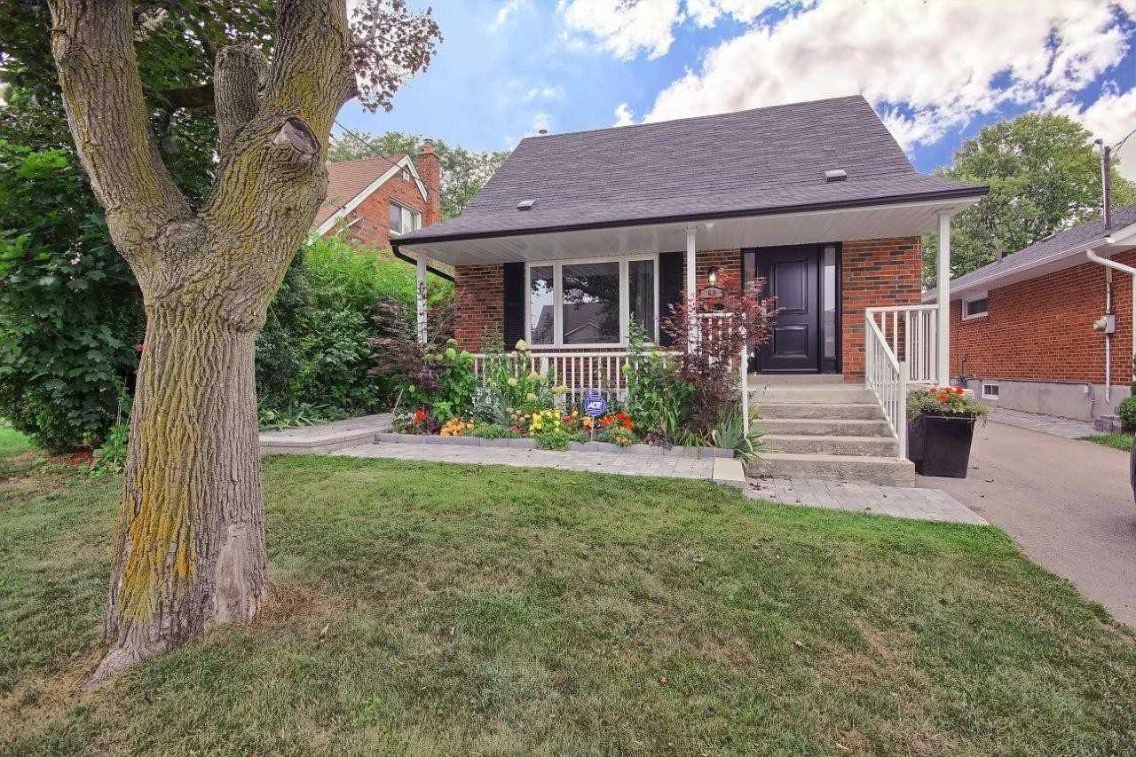 68 Christina Cres, Toronto E4577385