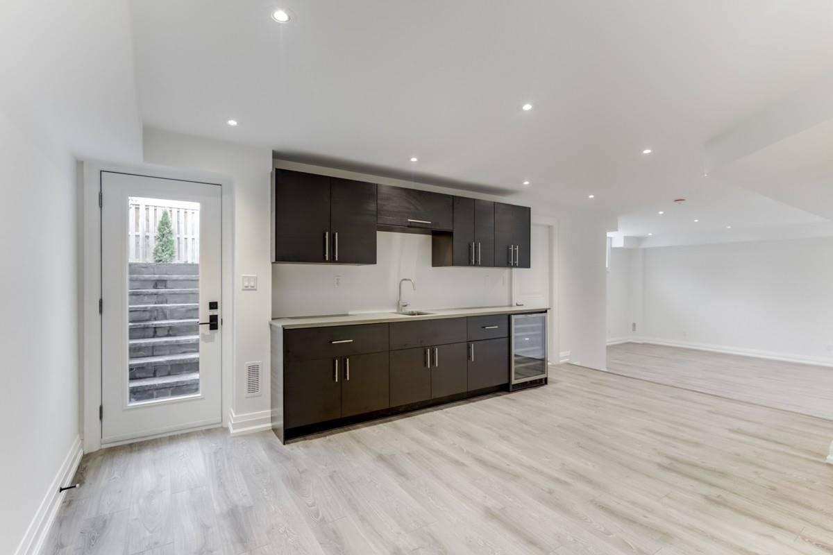 3 Cavehill Cres, Toronto E4579815