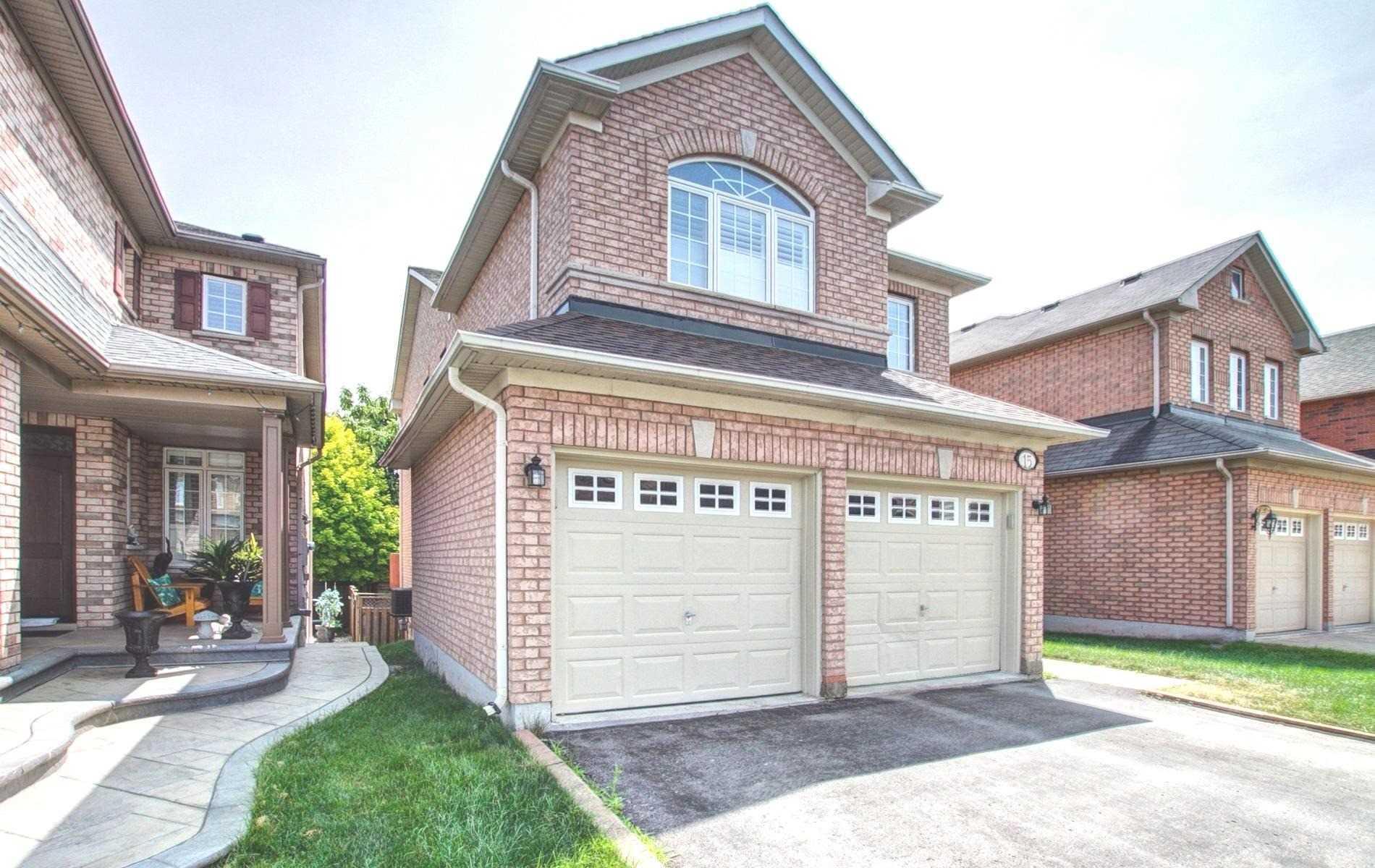 15 Timbercreek Crt, Toronto E4586161