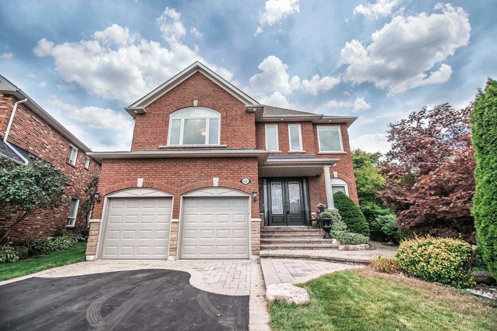 832 Darwin Dr, Pickering E4589224