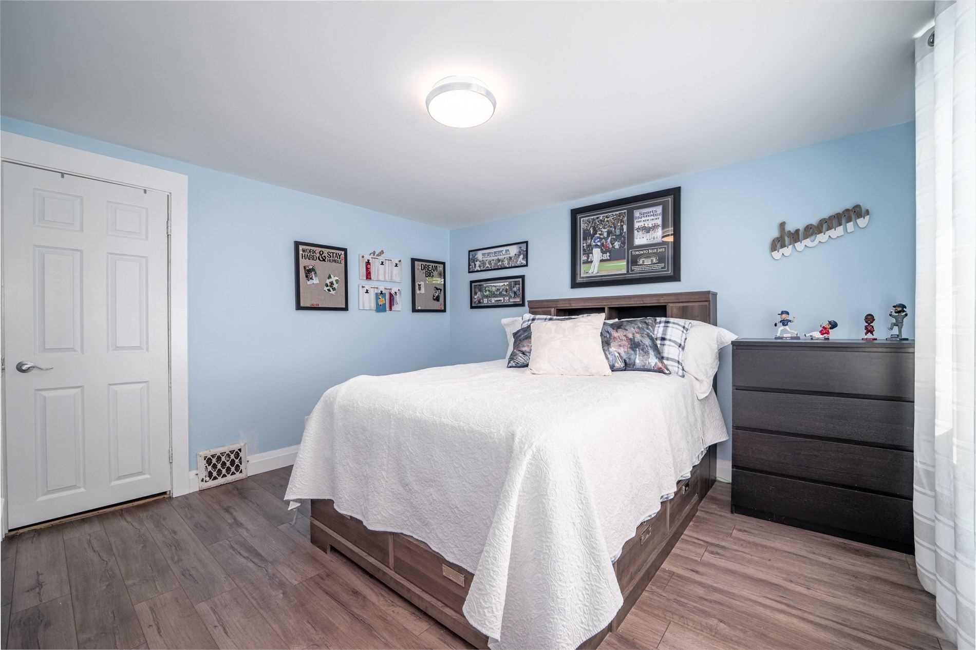 335 Birchmount Rd, Toronto E4589701