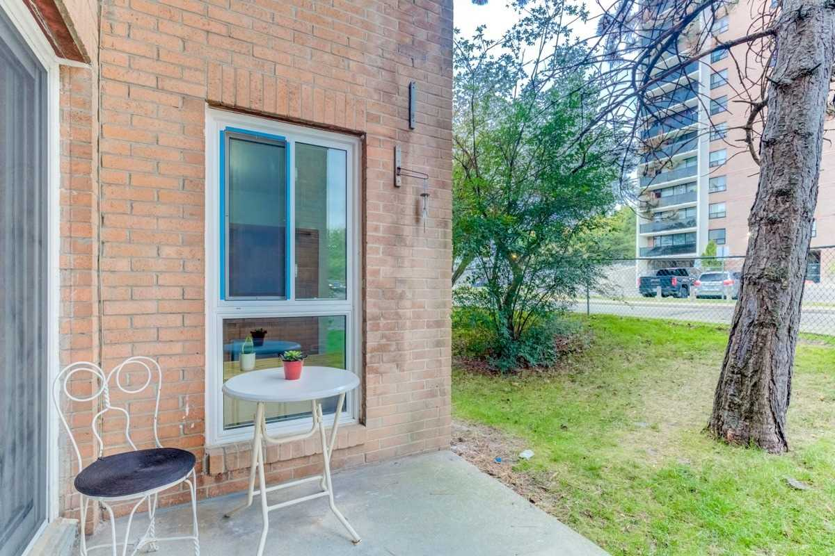 #1079 - 100 Mornelle Crt, Toronto E4597396