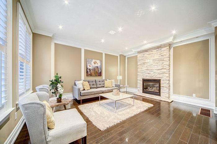 34 Thatcher Ave, Toronto E4599379