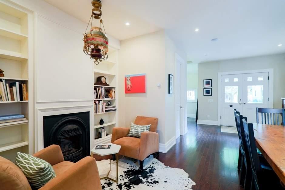 28 Elmer Ave, Toronto E4601400