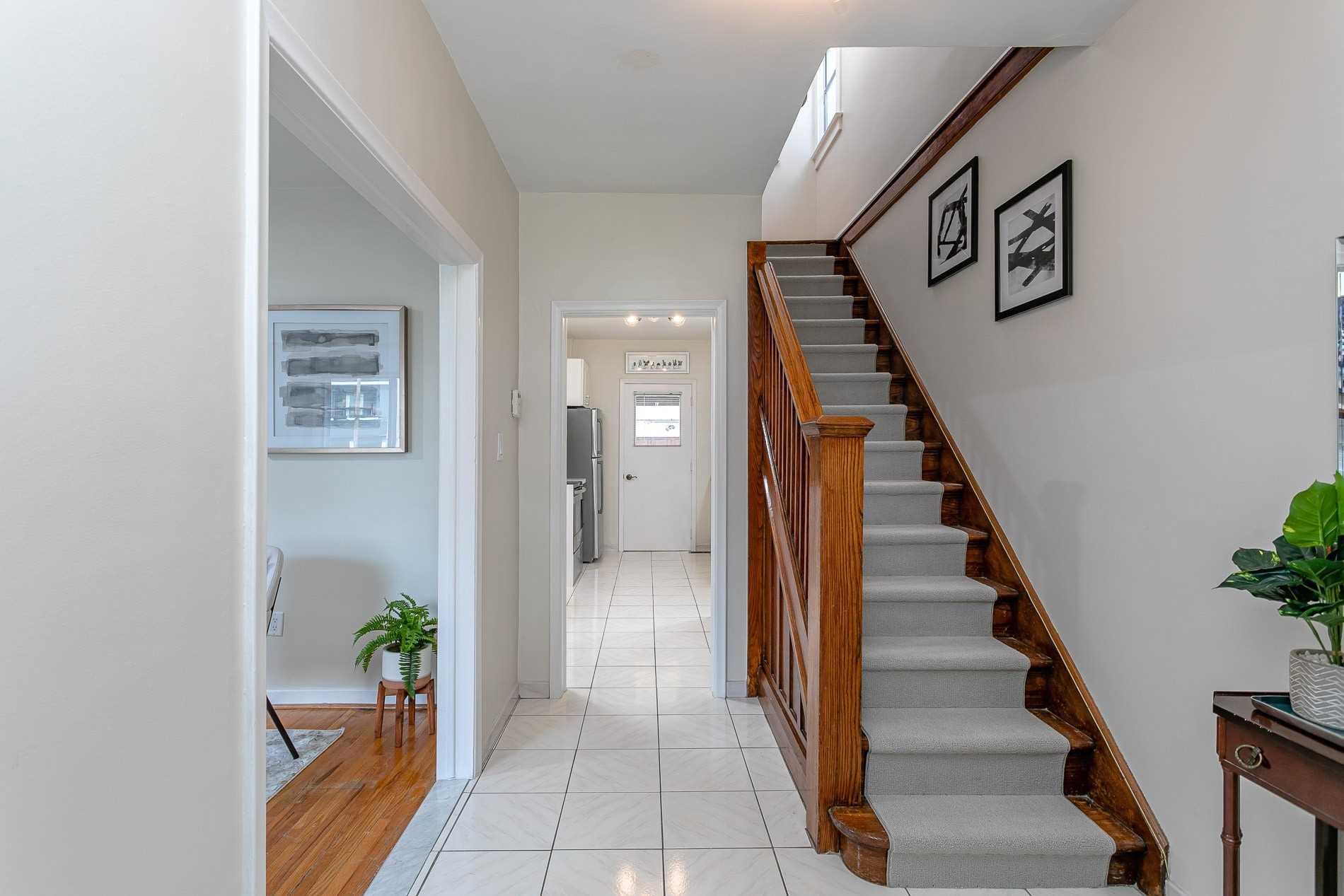 79 Harris Ave, Toronto E4602020