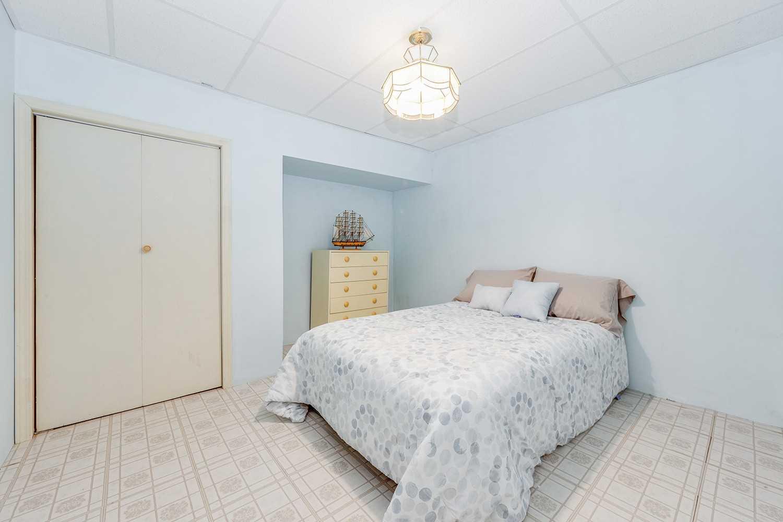 113 Bathgate Dr, Toronto E4602808