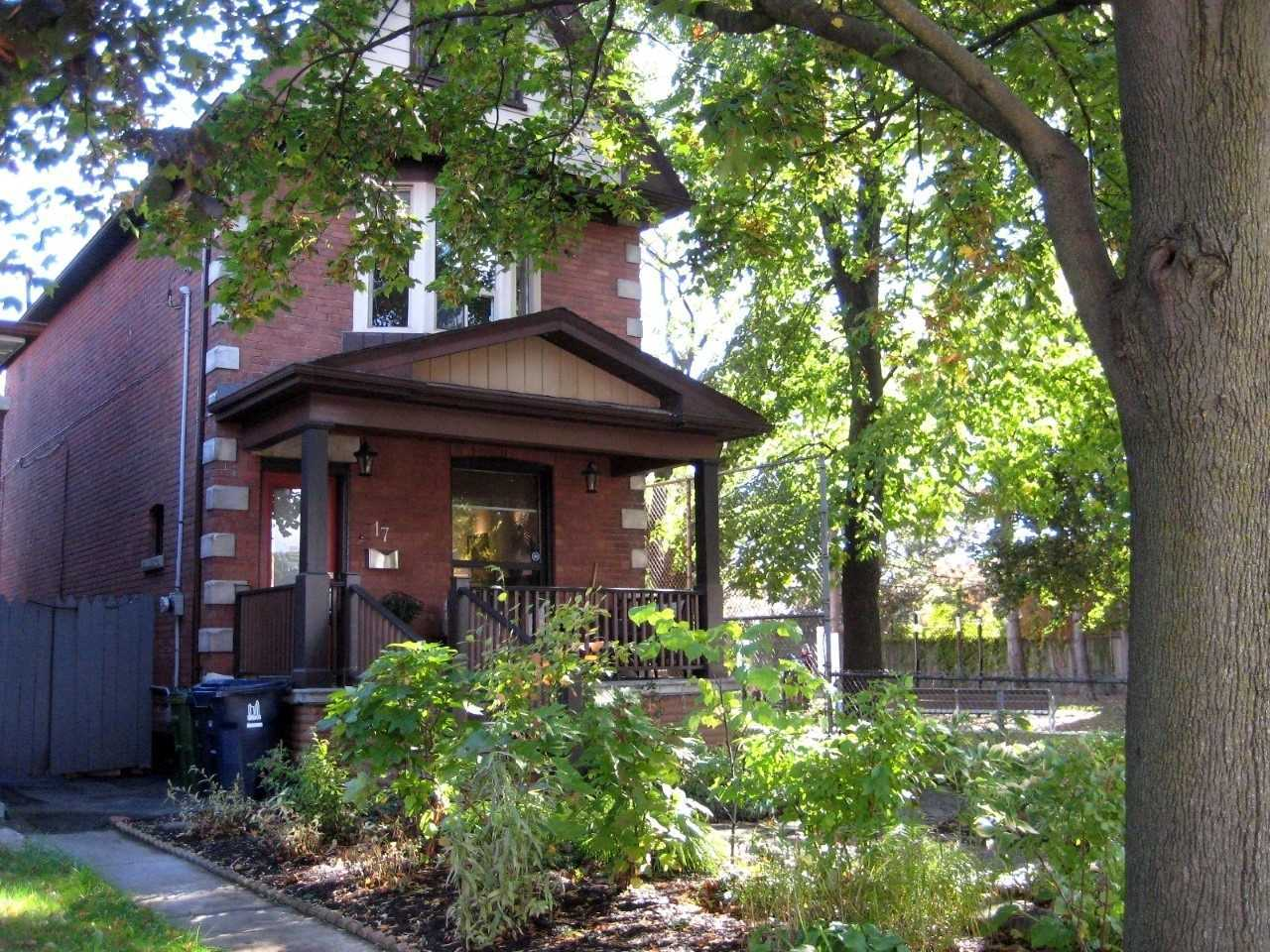 17-woodycrest-ave