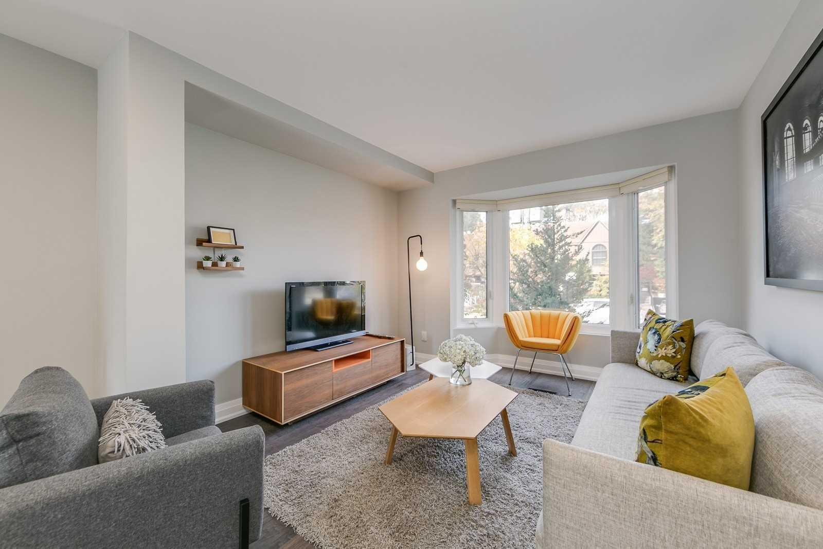 9 Buller Ave, Toronto E4618950