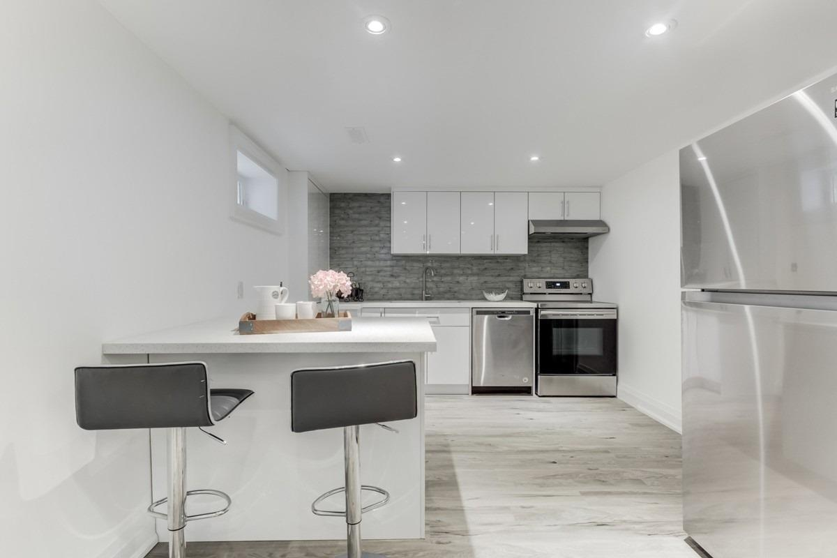 16 Shandara Cres, Toronto E4625124