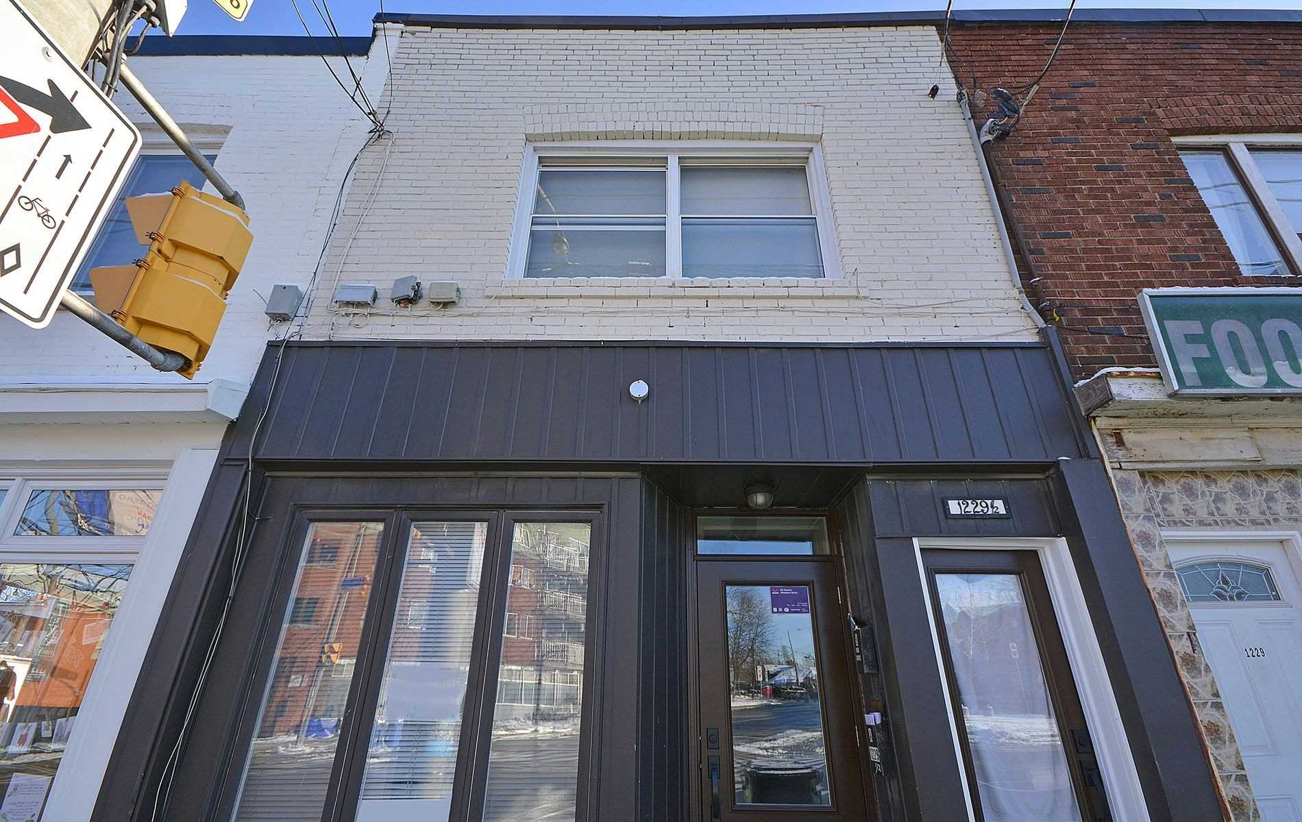 1229a-woodbine-ave