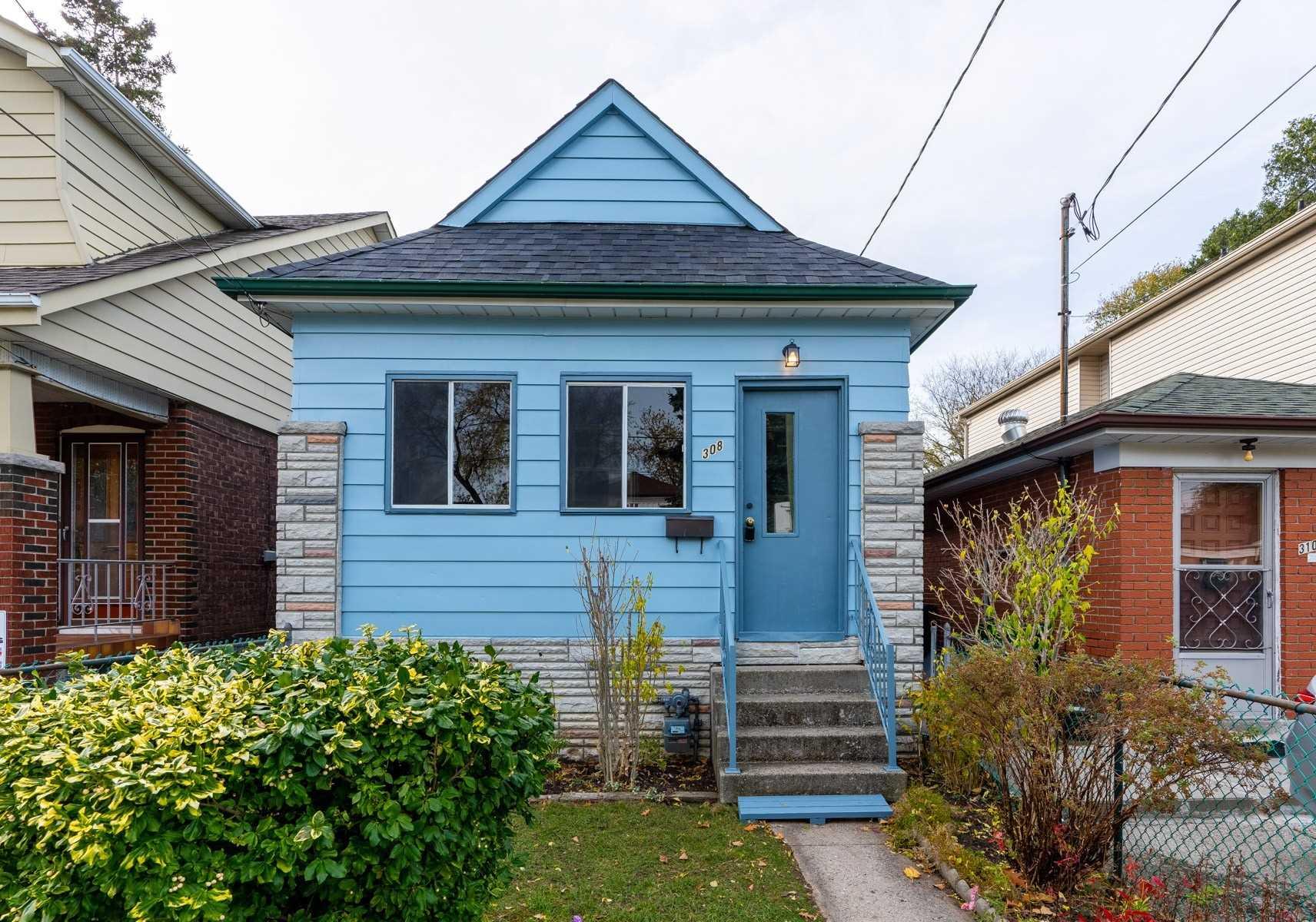 308 Chisholm Ave, Toronto E4626399