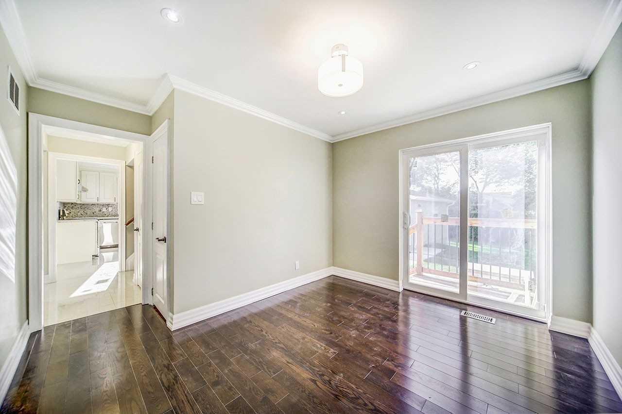 74 Colonial Ave, Toronto E4637694