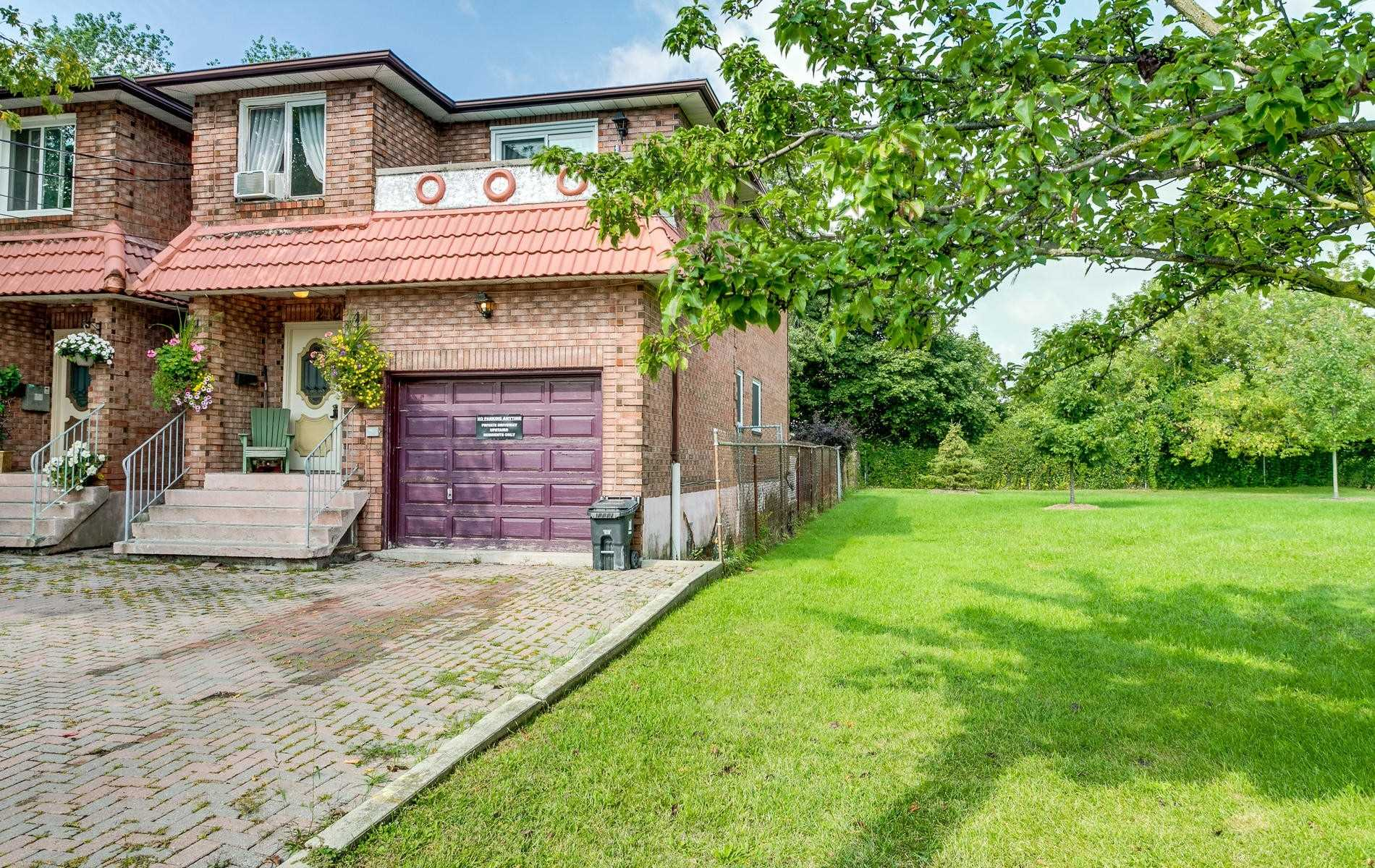 242 Aylesworth Ave, Toronto E4643711