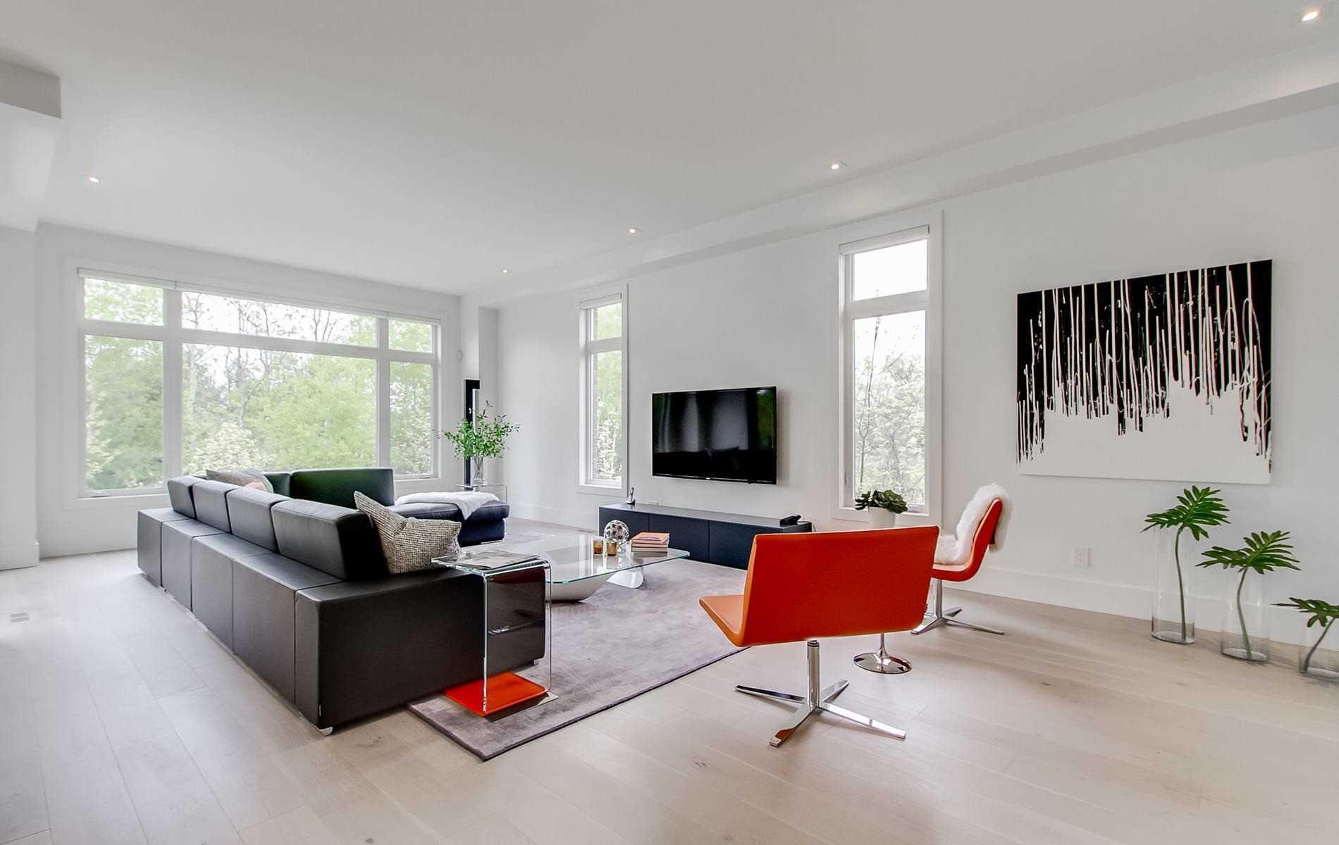20 Elaine Lennox Crt, Toronto E4661783