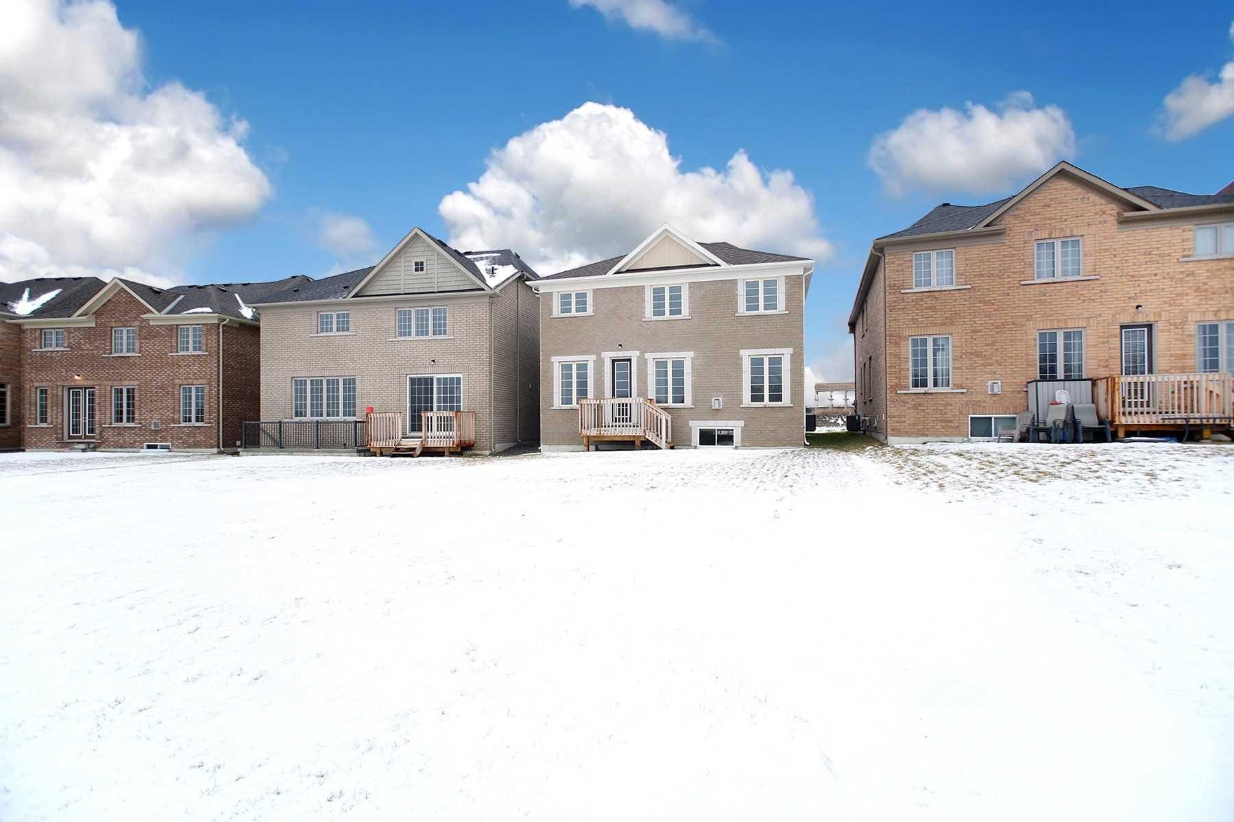 313 Windfields Farm Dr W, Oshawa E4667186