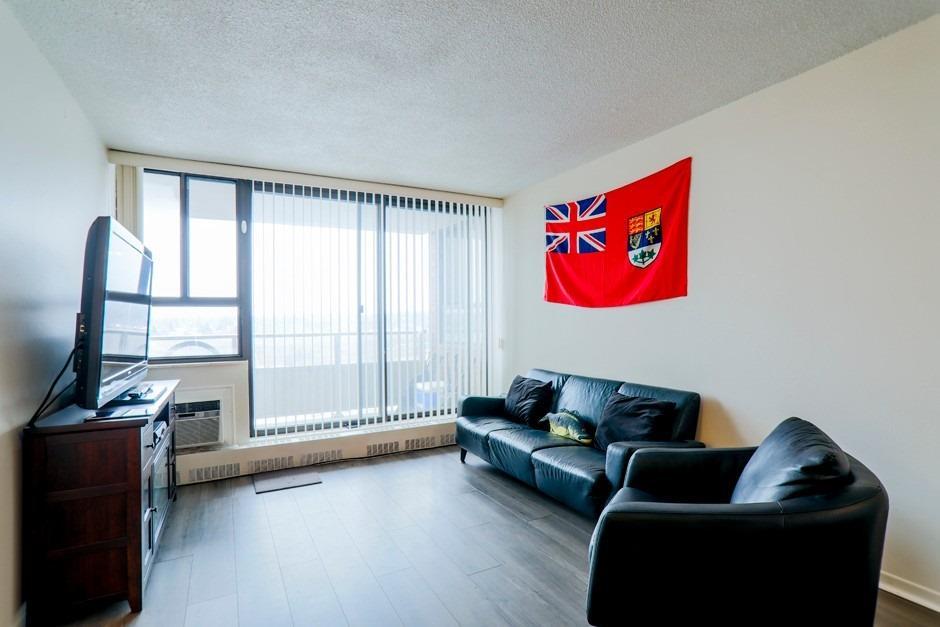 #1005 - 15 Torrance Rd, Toronto E4667366
