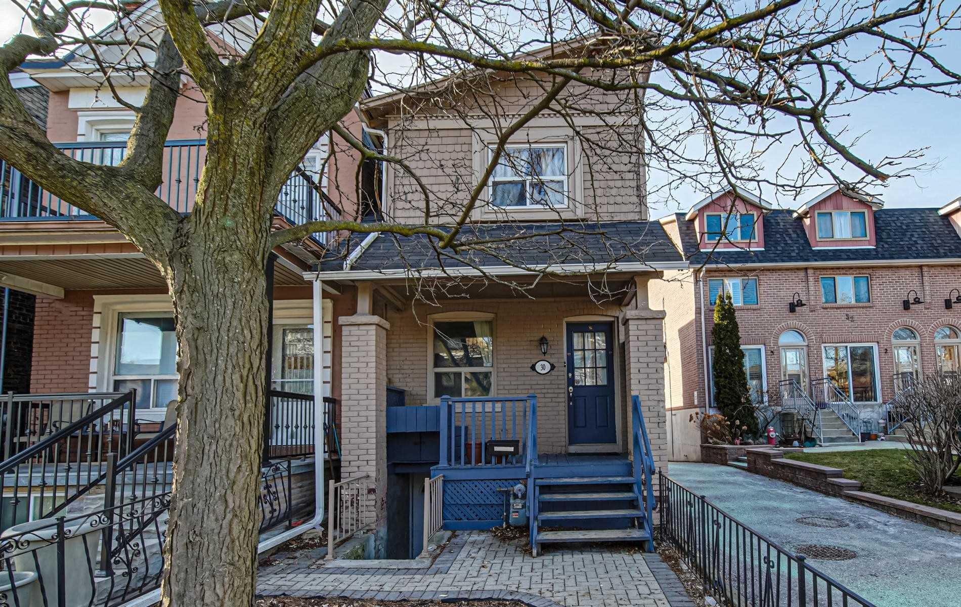 30 Curzon St, Toronto E4672210
