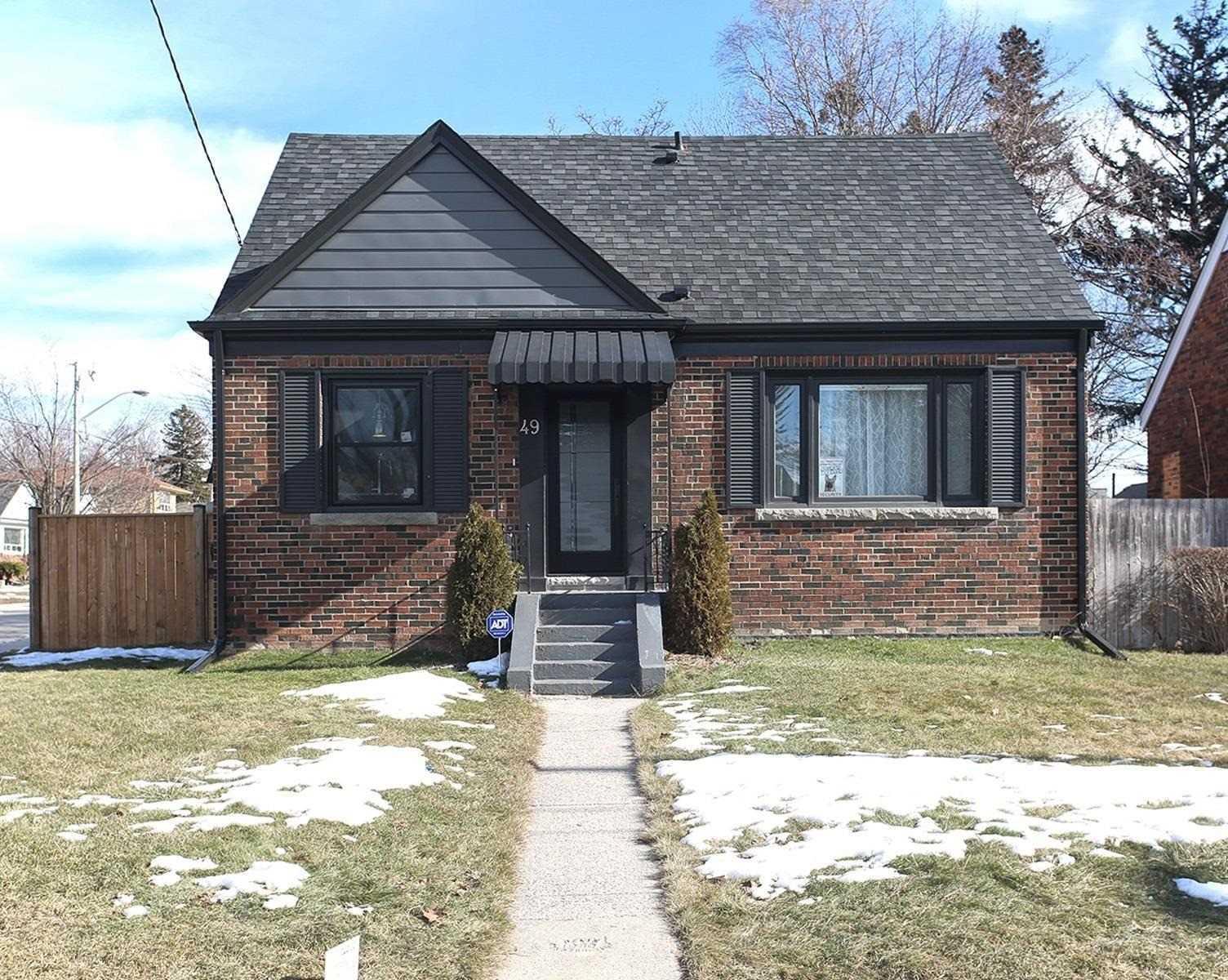 49 Plaxton Dr, Toronto E4683931